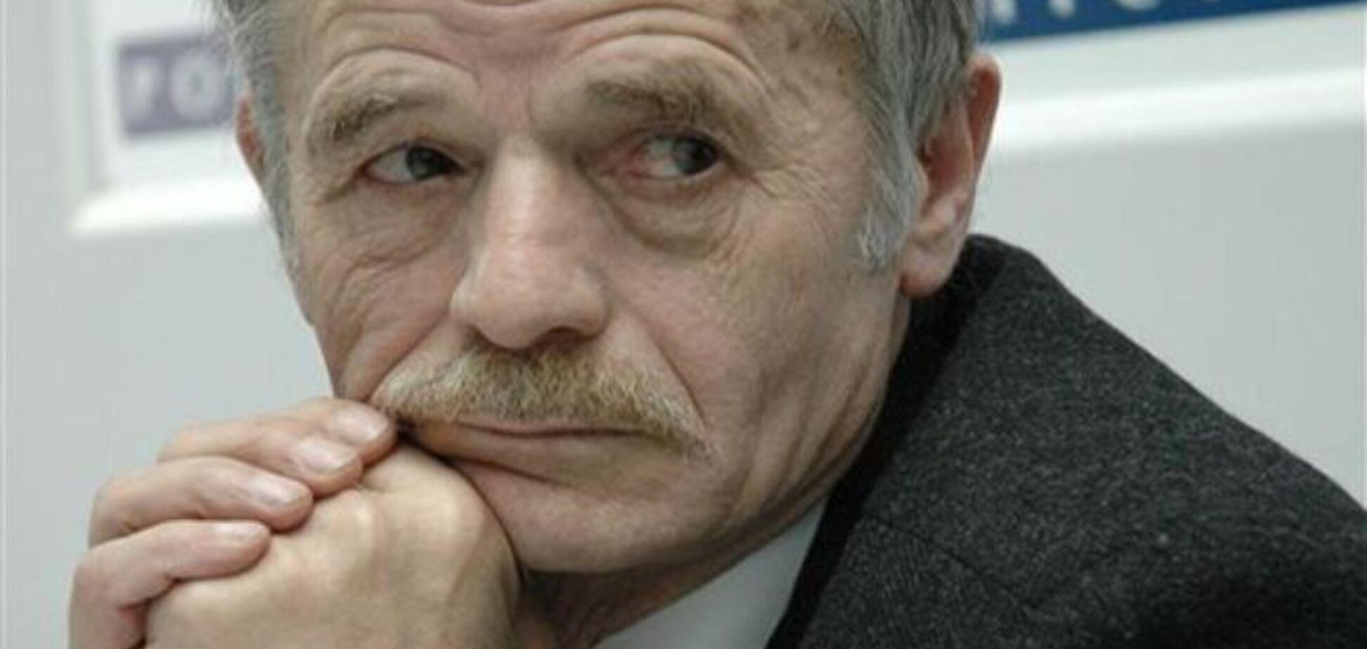 Когда год назад Совмин и парламент Крыма захватили 110 'зеленых человечков', Украина бездействовала – Джемилев