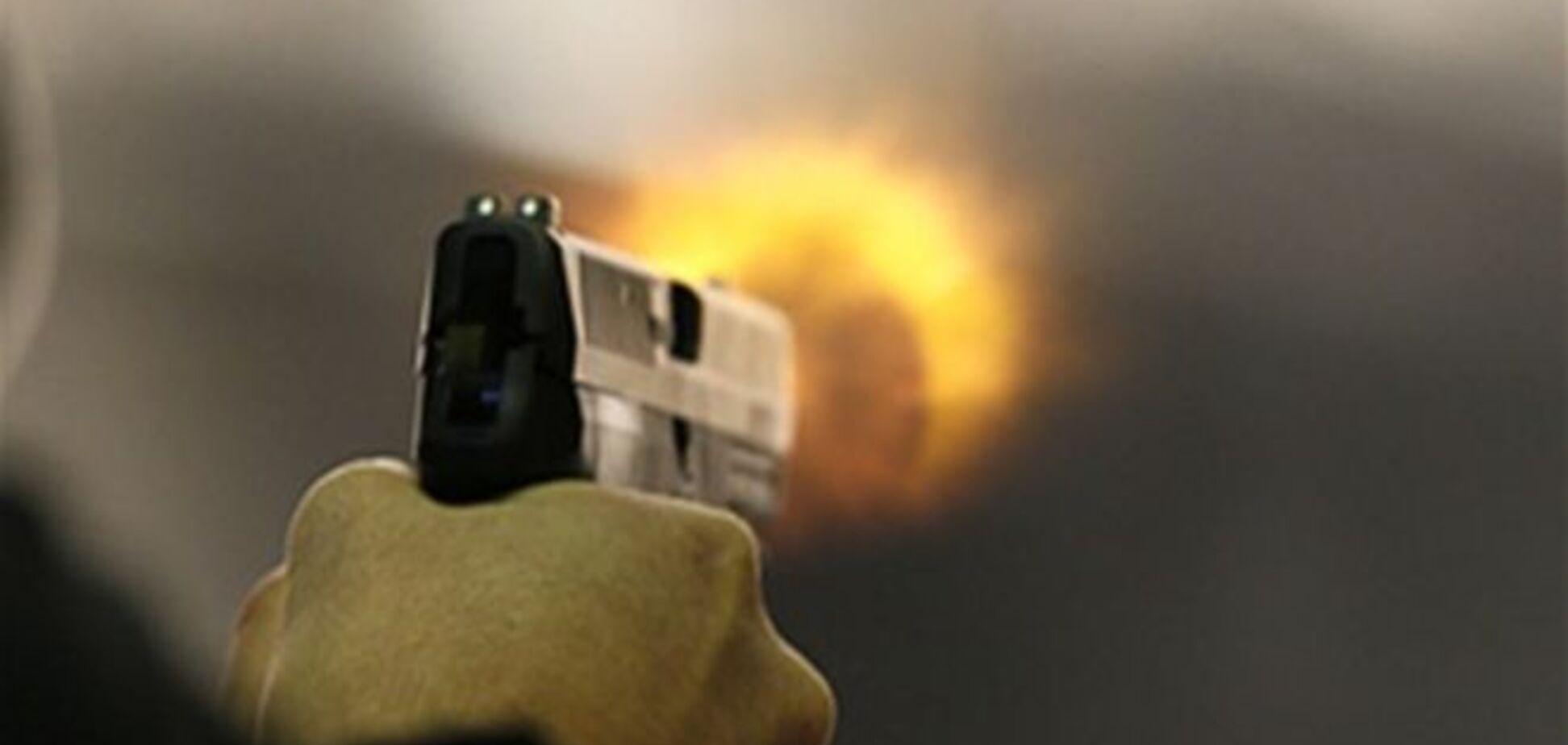 Ночью в баре Одессы один из клиентов начал стрелять: есть погибший и раненые