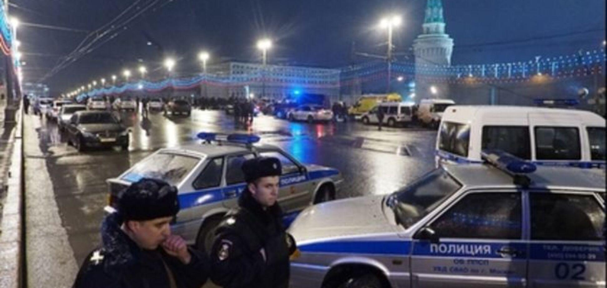 Полиция проверила несколько машин по делу об убийстве Немцова