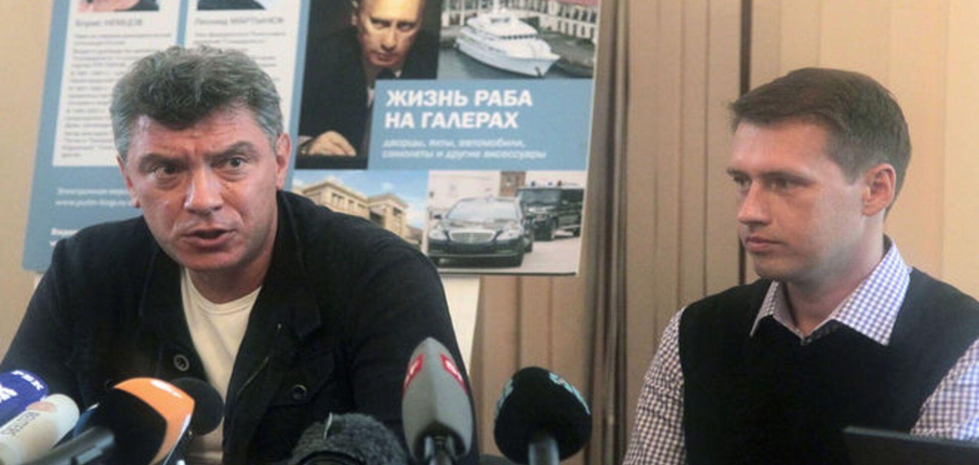 У Немцова были доказательства присутствия войск России в Украине – Порошенко