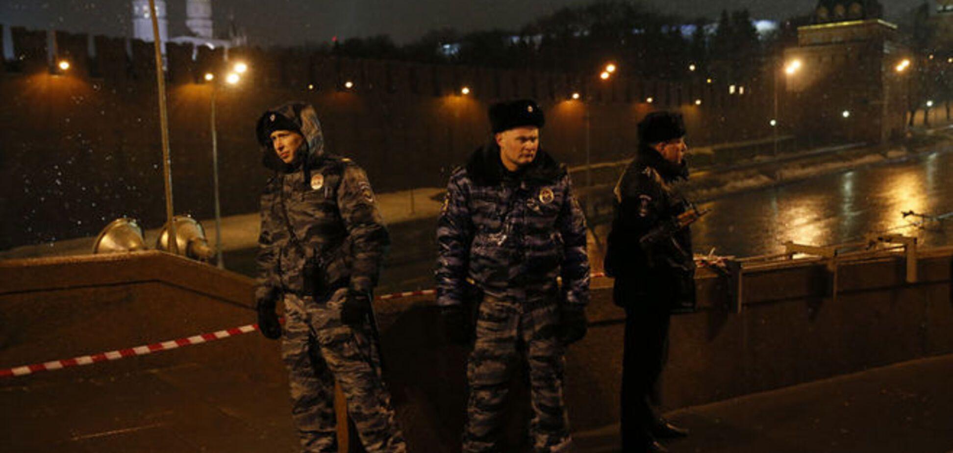 'Брутальность' убийства Немцова шокировала Керри