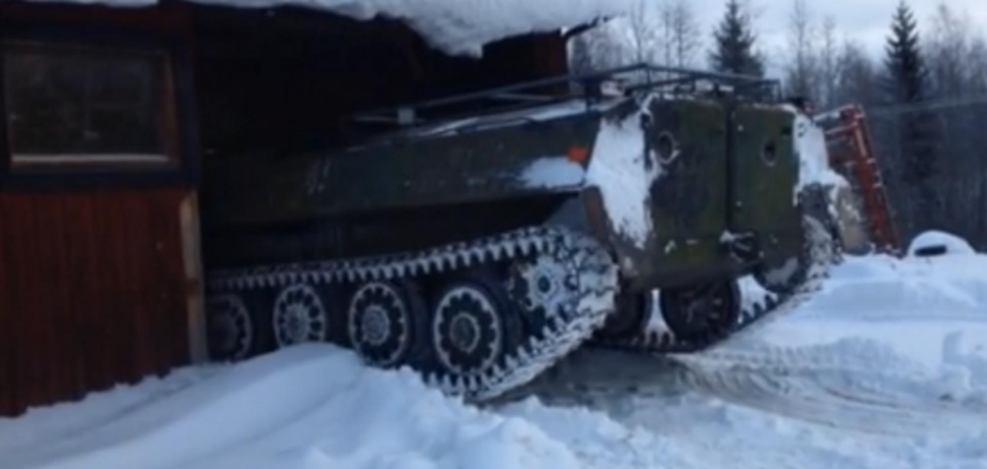 Шведи купують радянські танки для зимових забав: відео 'розваг' з бронетехнікою