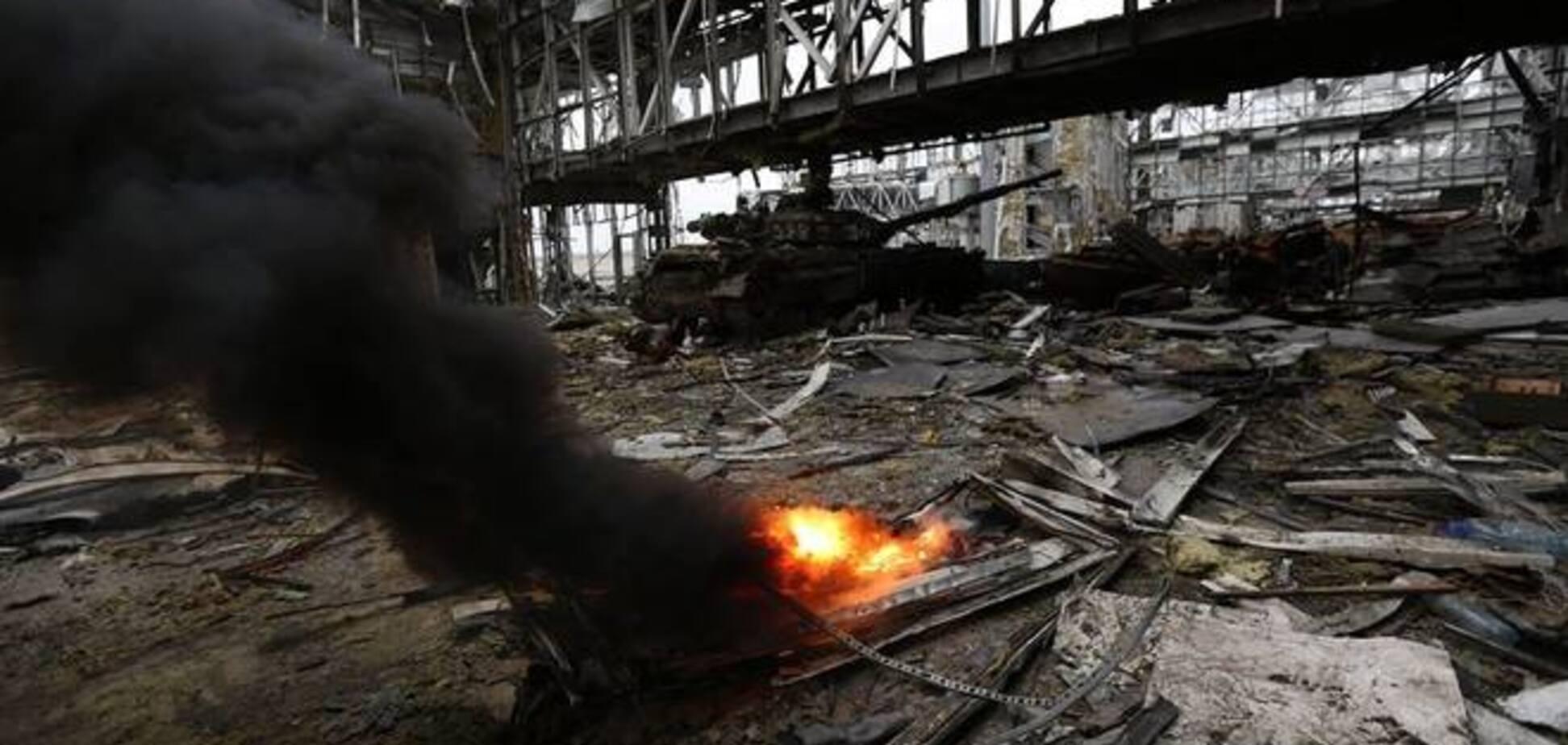 В донецком аэропорту нашли живого 'киборга': боец провел под завалами 8 дней