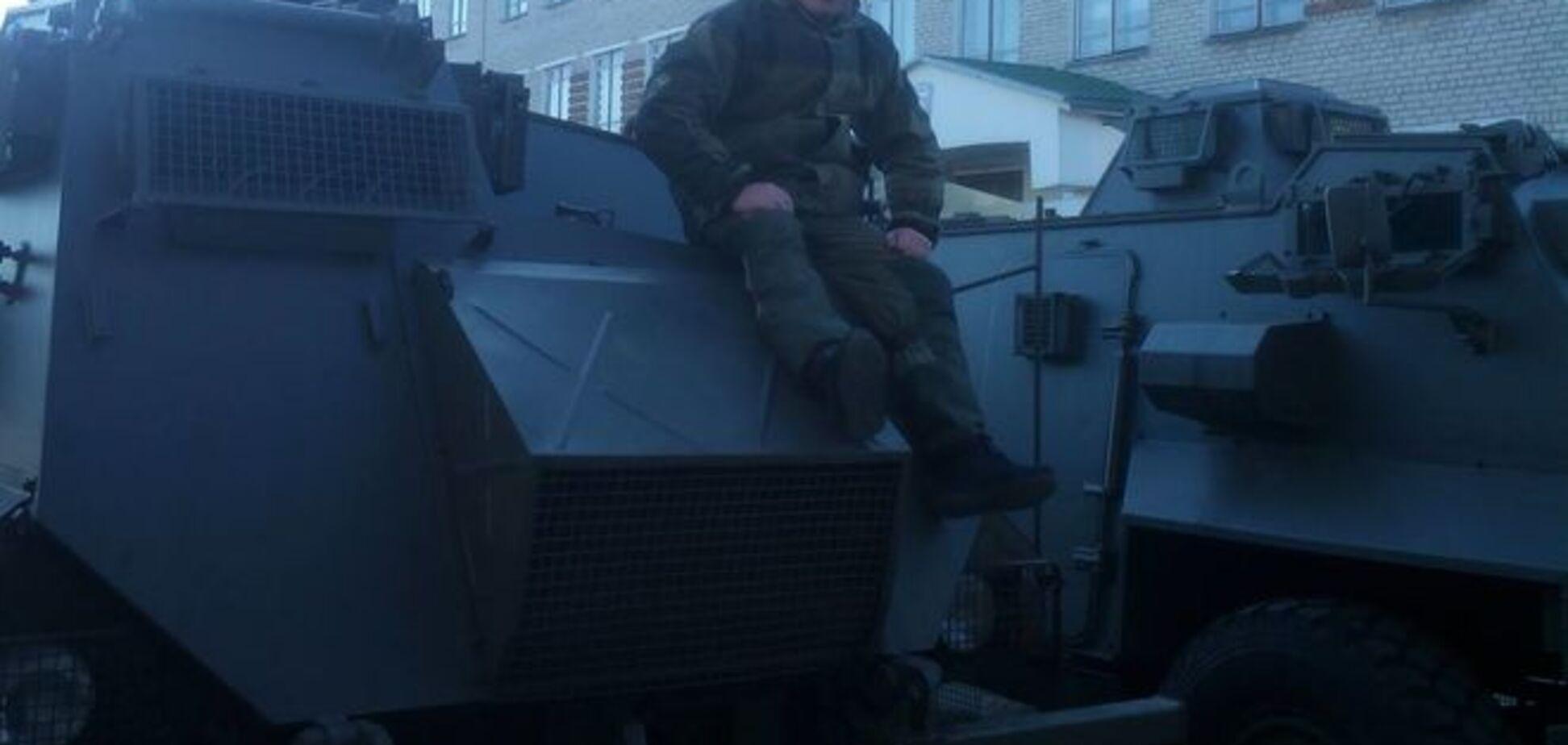 Бірюков відкрив таємницю про прибуття в Україну першої партії британських бронемашин: фотофакт