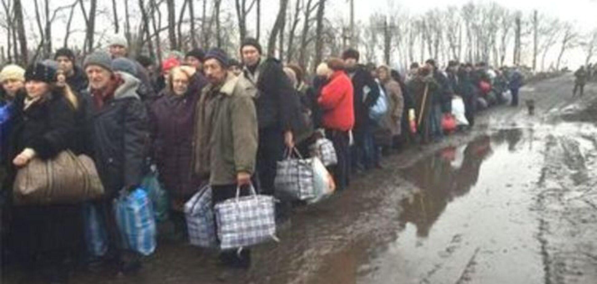 Русский мир уже не манит: в Ростове закрывают ненужные пункты для беженцев с Донбасса