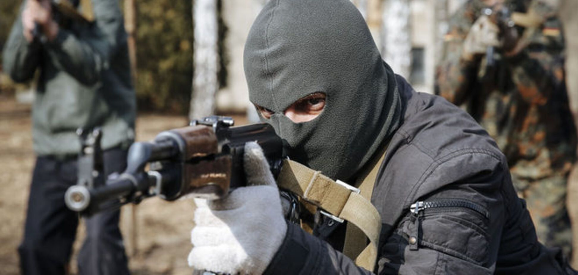 Кому продают оружие из зоны АТО