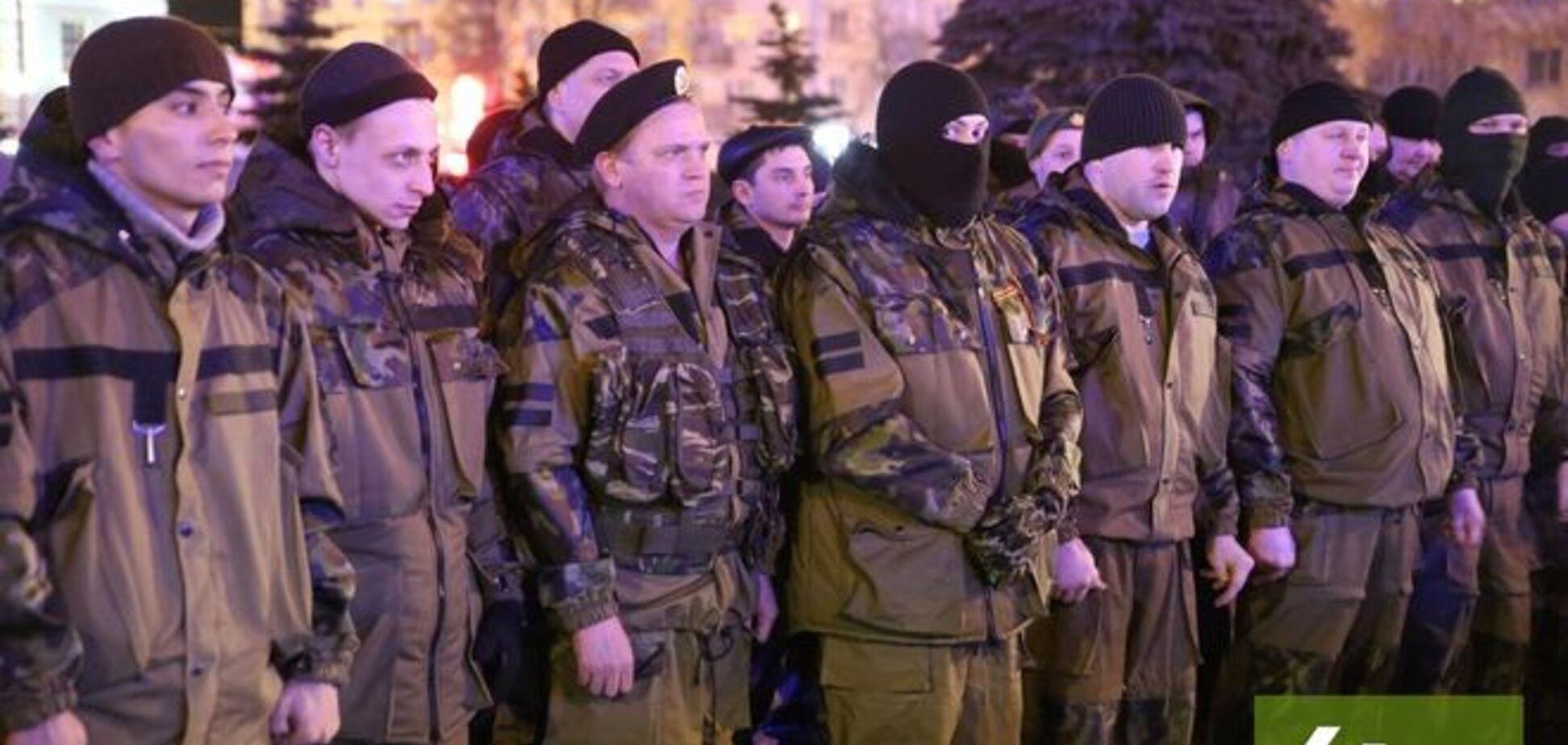Из России на Донбасс торжественно отправили новую партию наемников: фото и видео