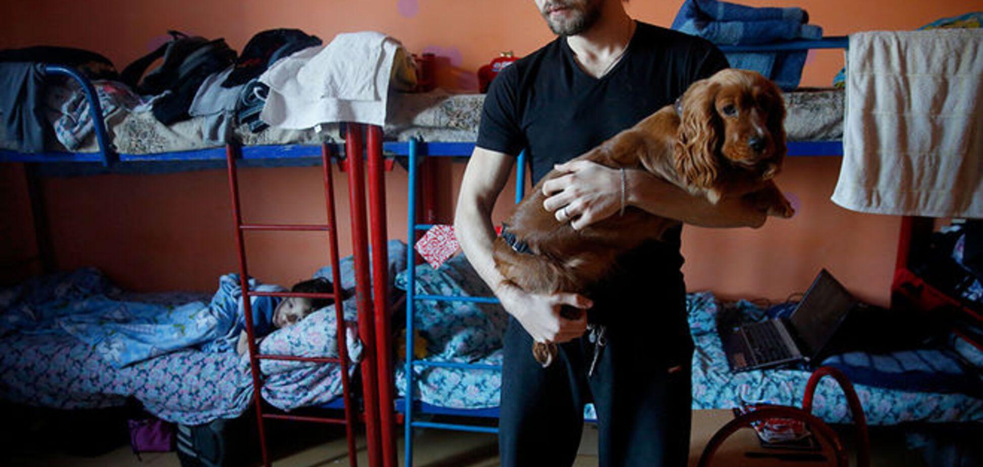 Приняла в объятья: опубликованы фото 'счастливой' жизни украинских беженцев в России