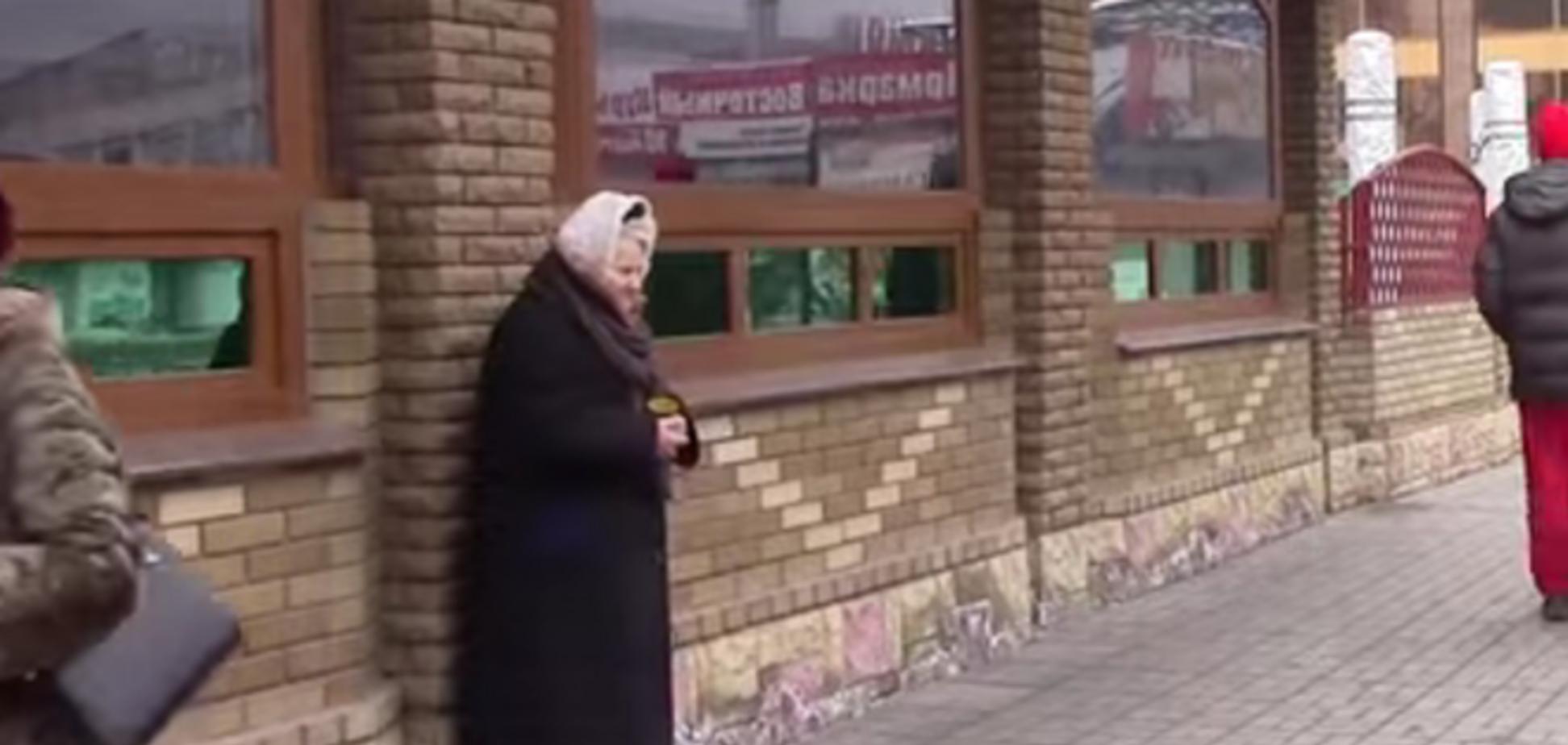 'Зарплат нет, дайте хоть еды': жители 'ЛНР' рассказали местным СМИ о радостях новой жизни