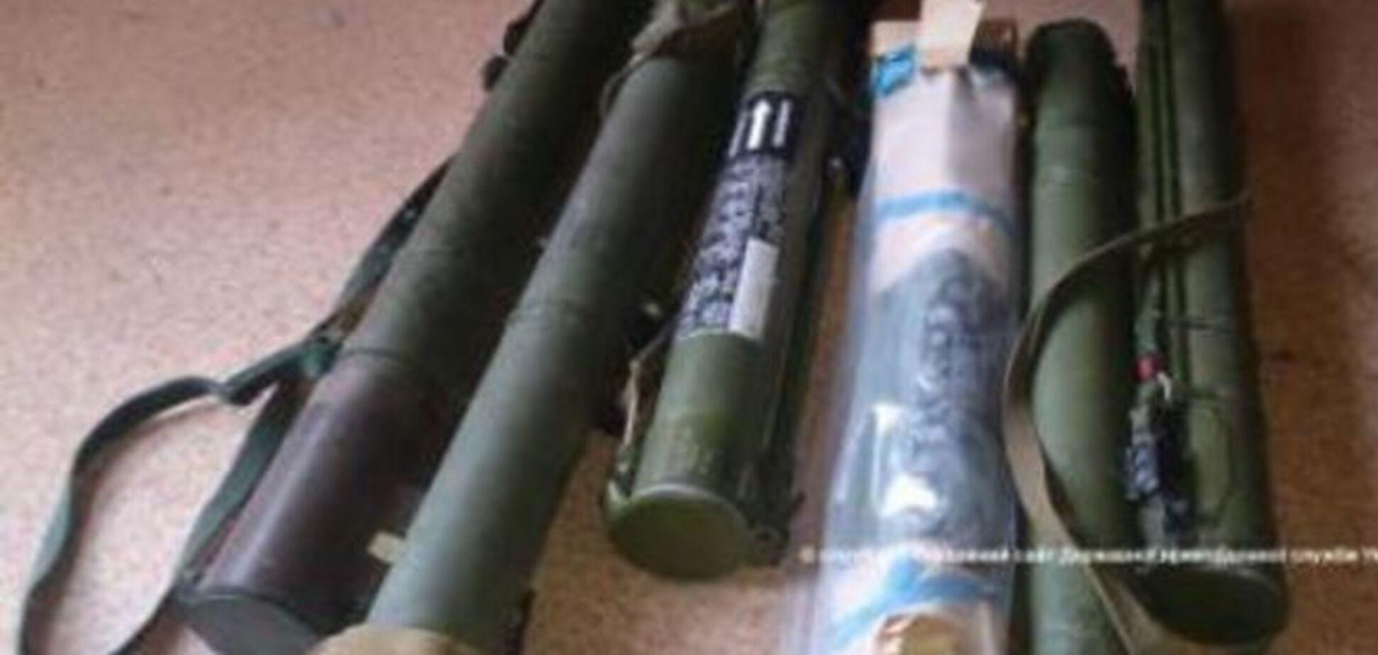 Пограничники нашли тайник с оружием в мариупольском санатории: фотофакт