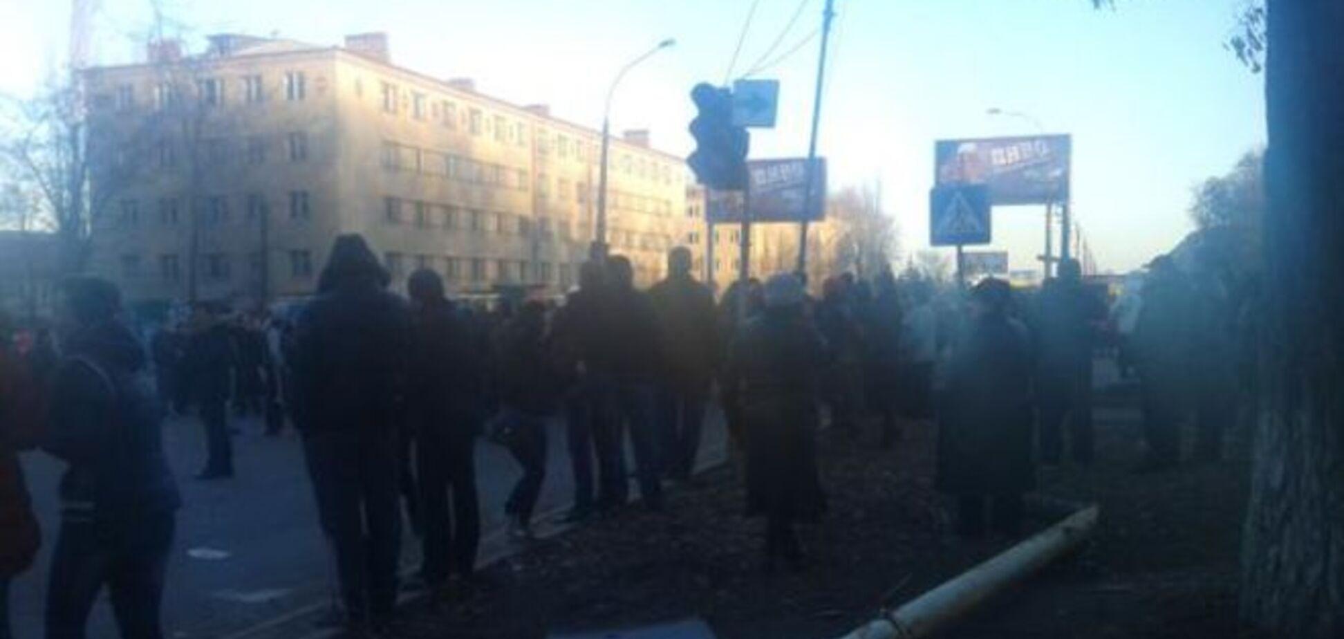 У Костянтинівці міліції дозволили стріляти на ураження