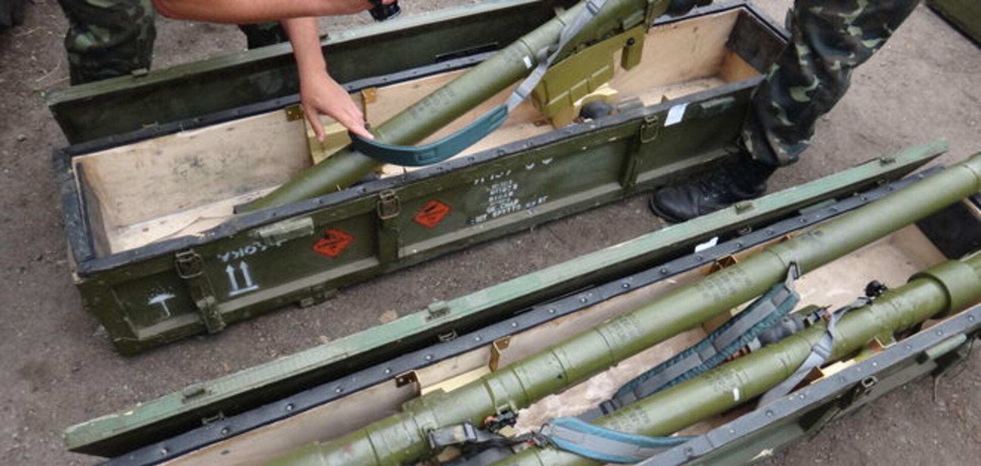 На Донетчине обнаружены тайники террористов с российским оружием