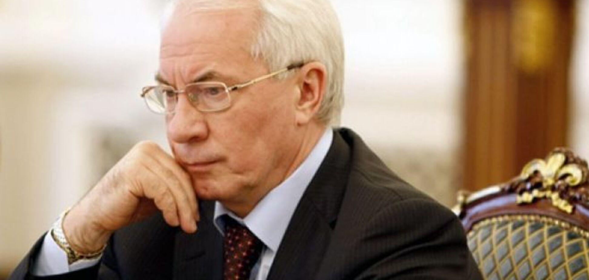 МВД: Азарову незаконно выплатили полмиллиона гривен пенсии