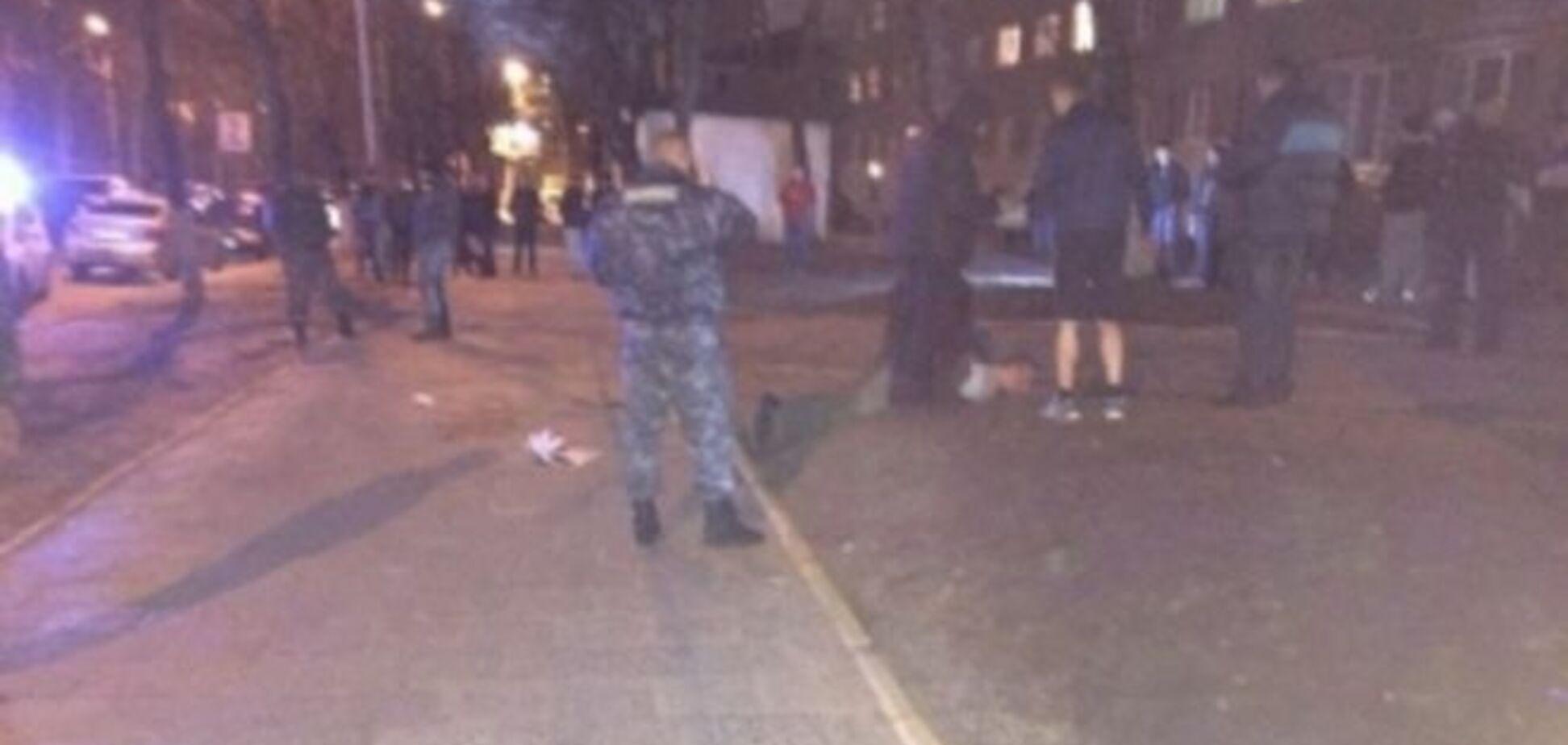 Во Львове боец АТО, размахивая мачете, порезал троих людей