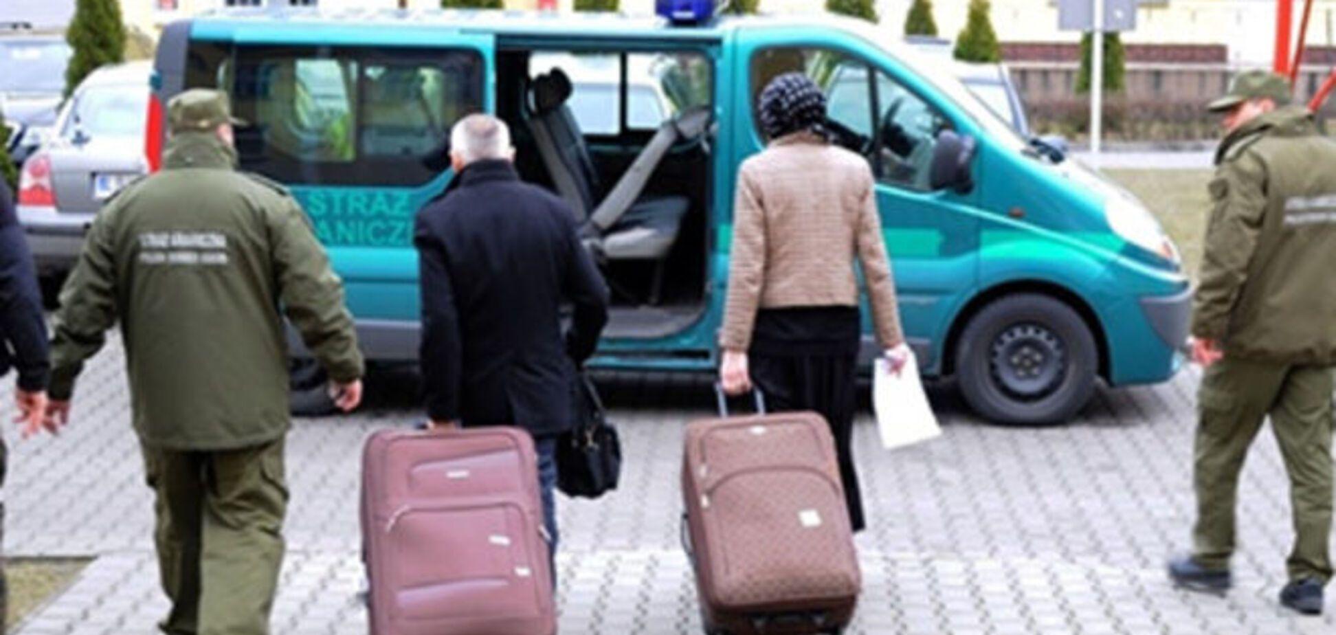 Польские пограничники нашли в чемодане француза его жену