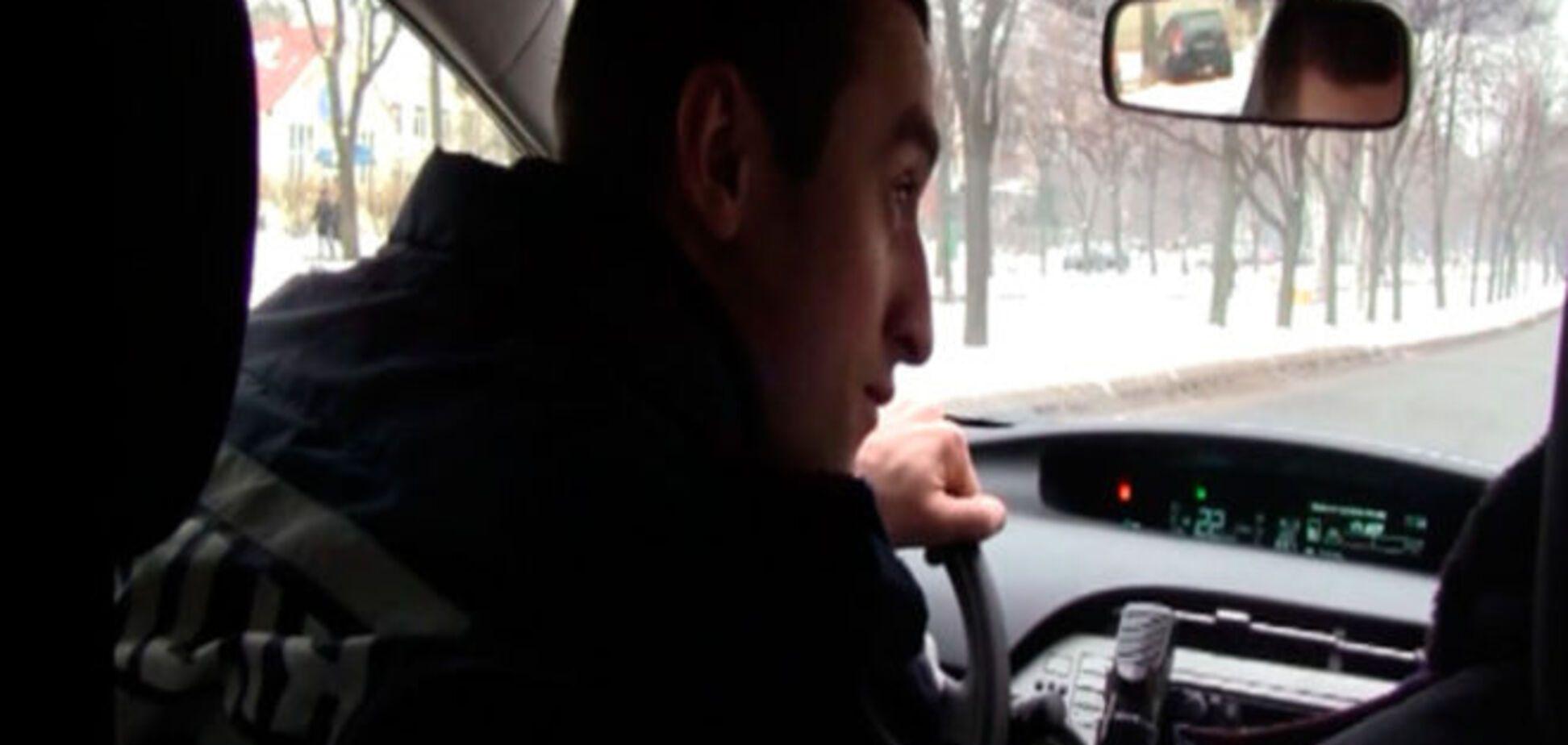 В Киеве грабитель за пару минут подобрал PIN-код для чужой банковской карты