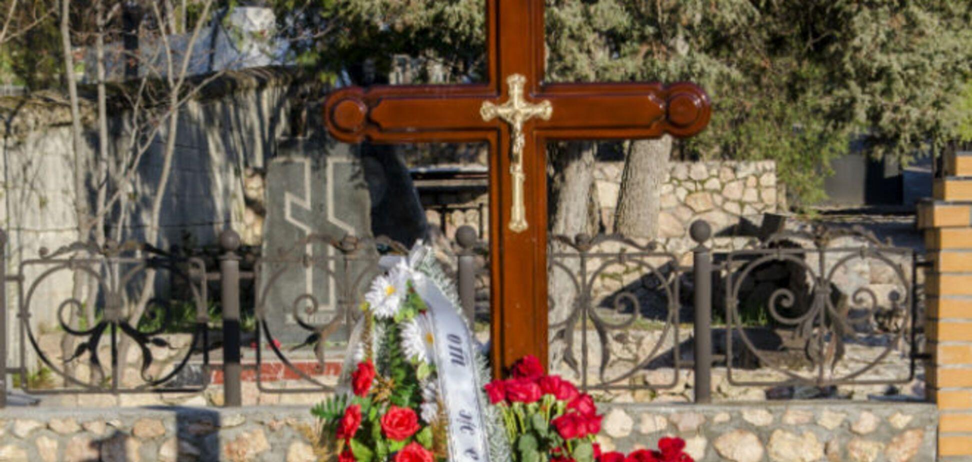 Александр Янукович рассказал подробности гибели брата