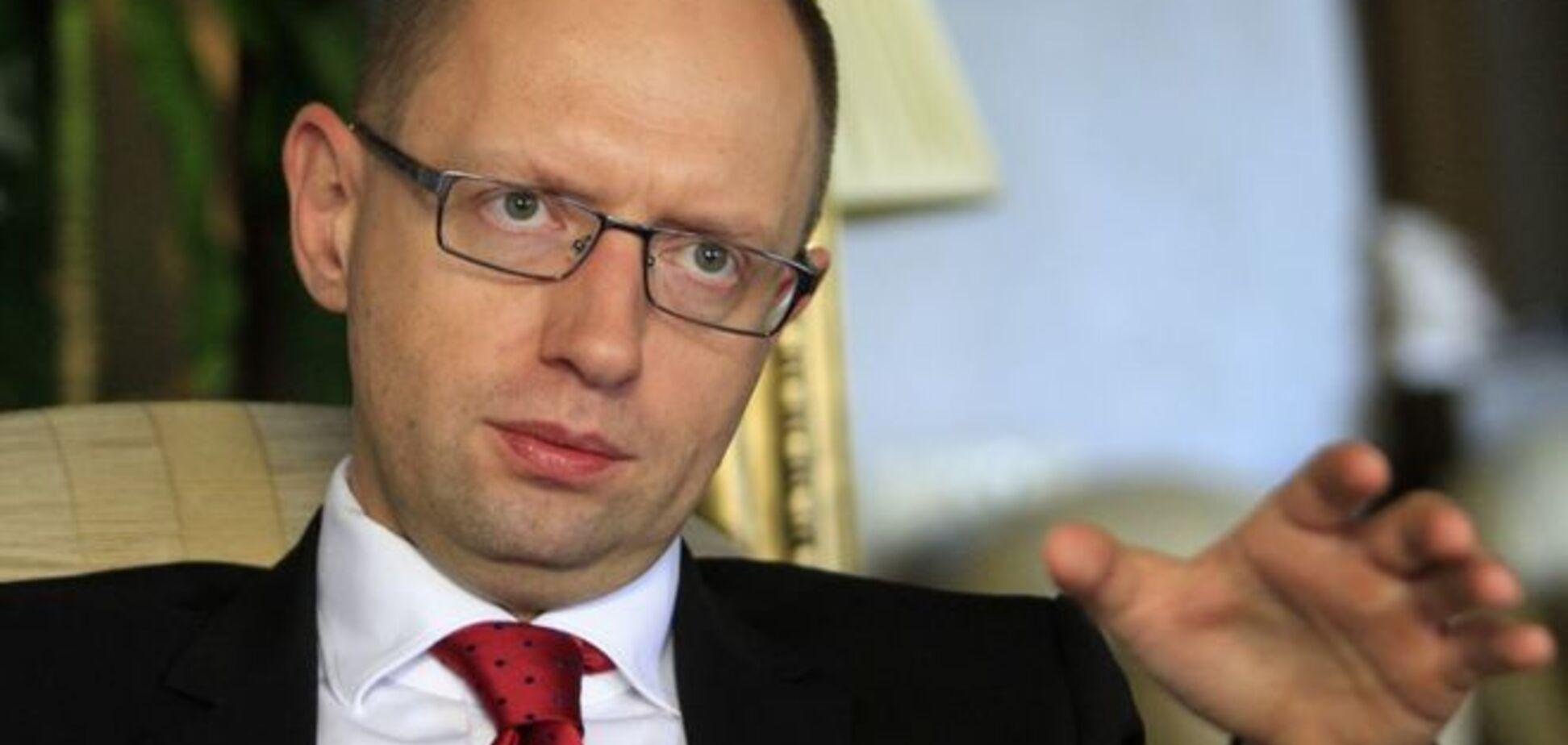 Арест в Кабмине: Яценюк уволил все руководство ГСЧС