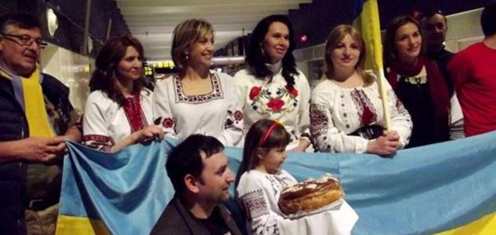 Сборная Украины получила в Испании неожиданный сюрприз: фото презента