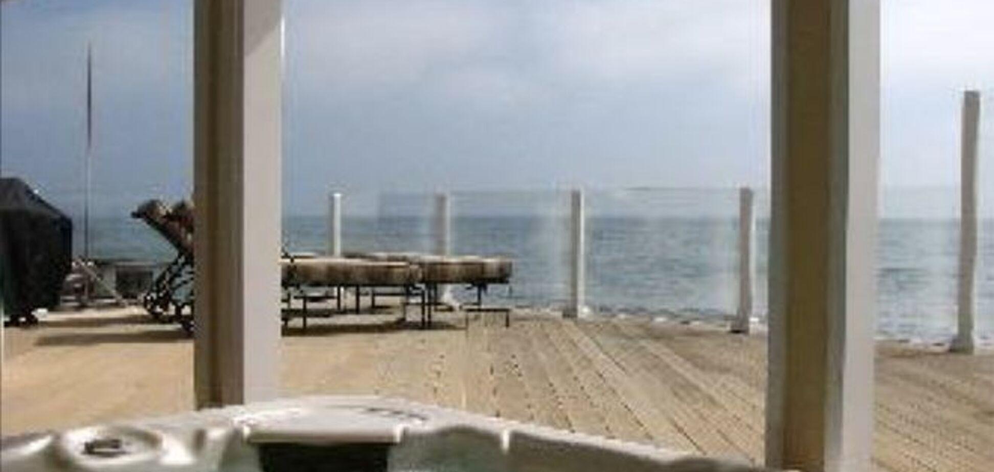 На 'пляже миллиардеров' в США теперь можно снять дом Лео ДиКаприо: фотофакт