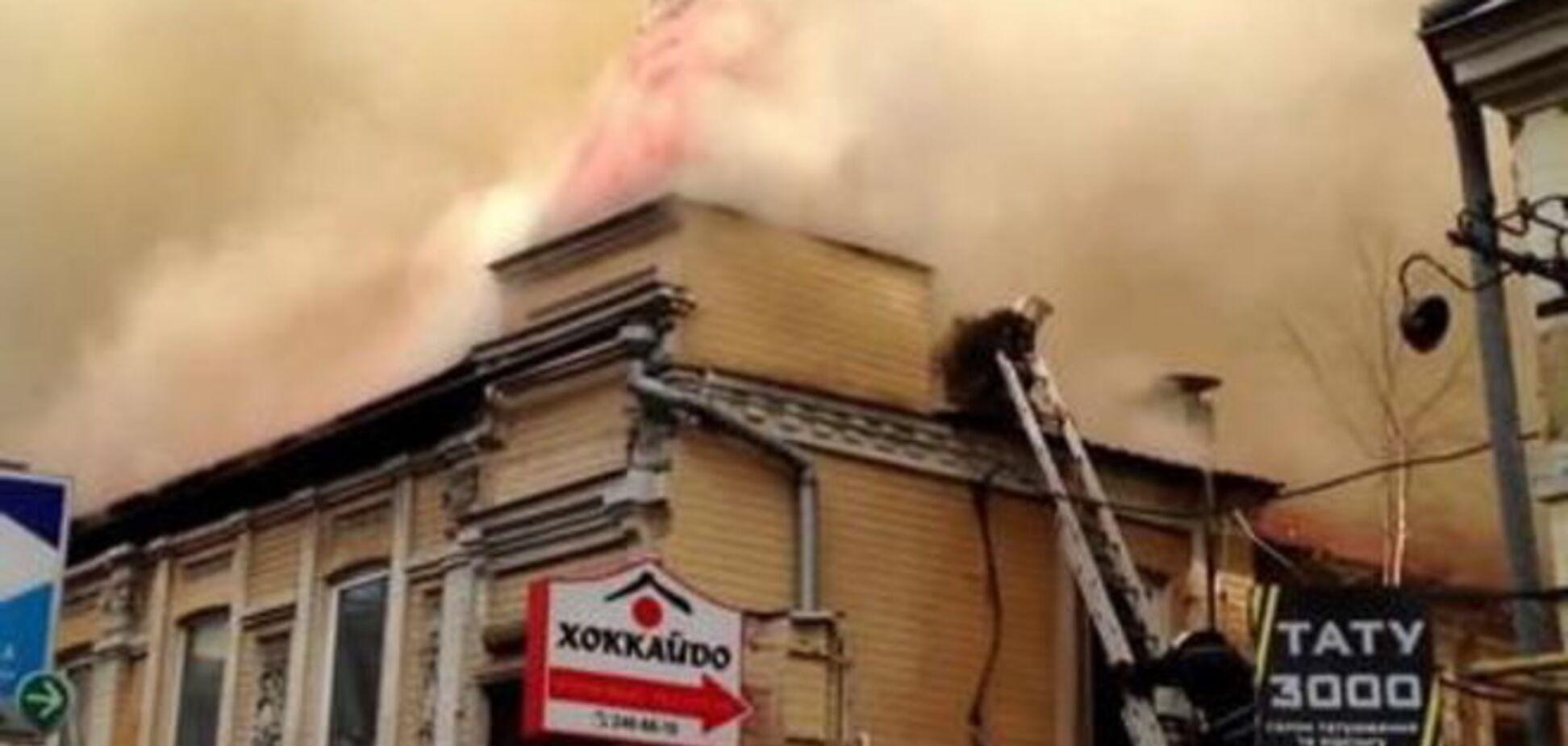 На месте пожара на Саксаганского в Киеве найдена канистра с бензином