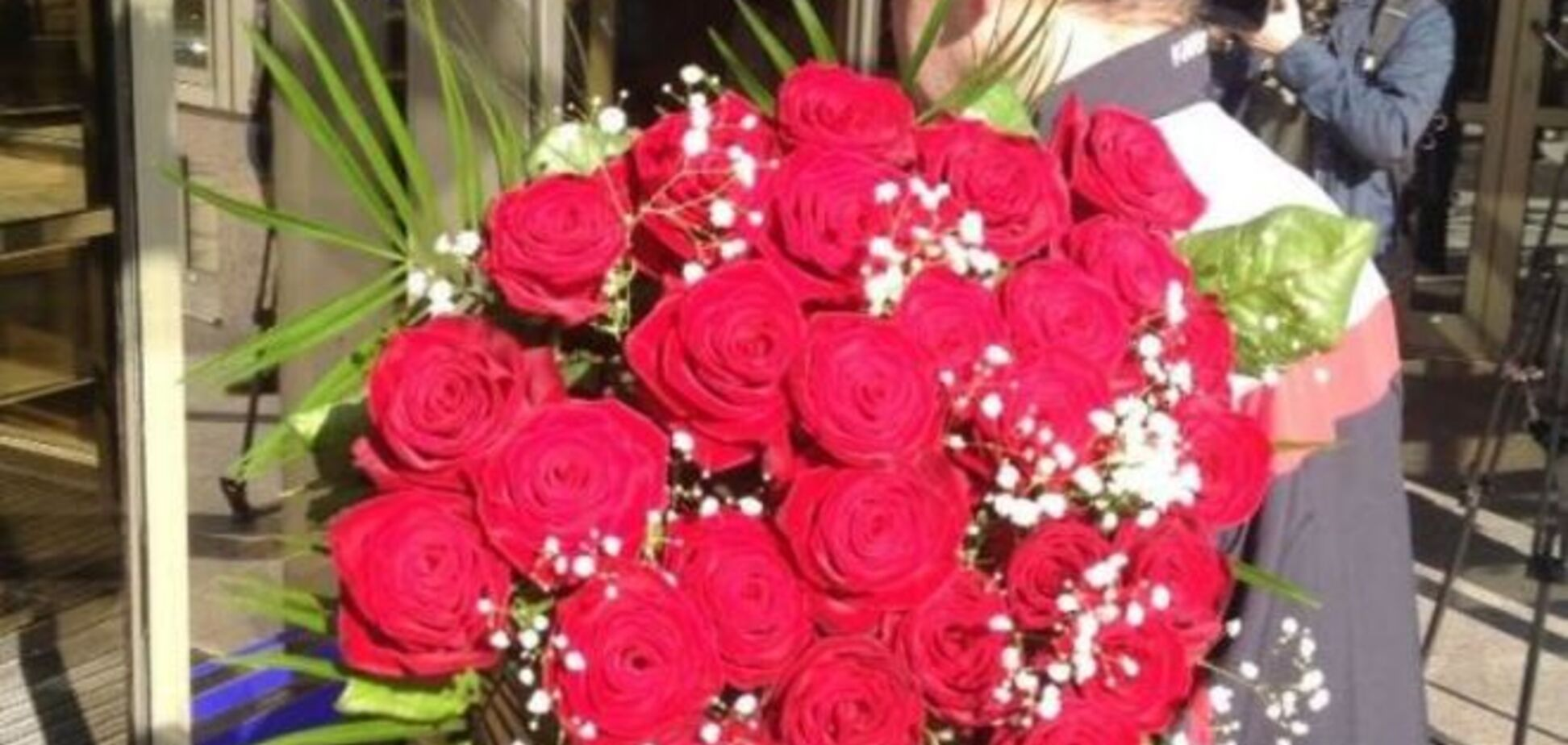 В ФФУ уже приготовили цветы для нового президента: фото букета