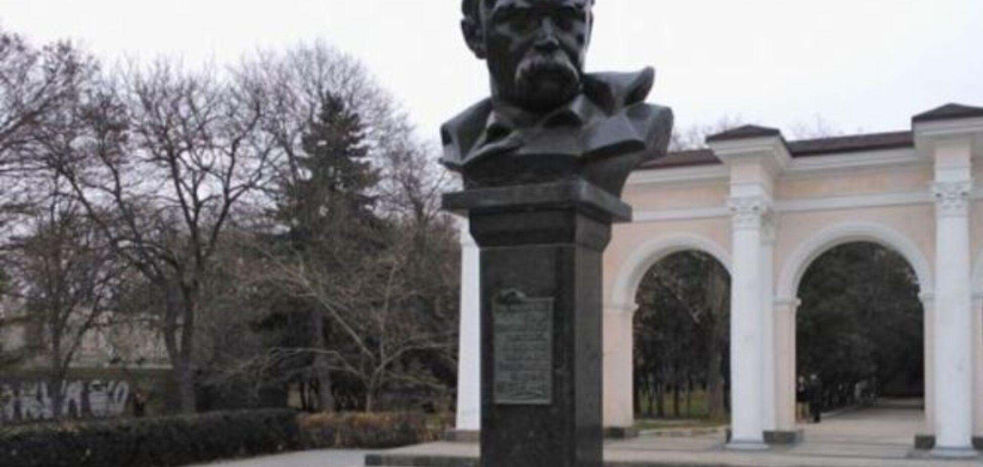Крымские 'власти' боятся Шевченко: активистам запретили отмечать годовщину поэта