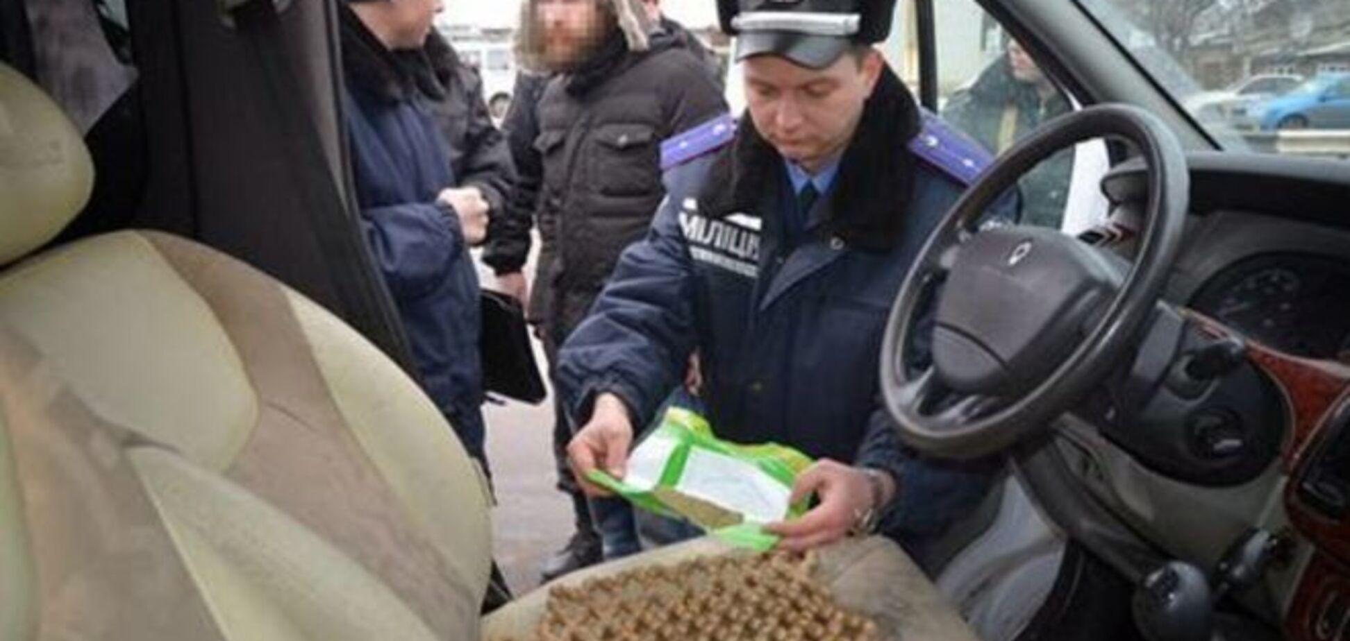 На Харьковщине задержали два авто с боеприпасами