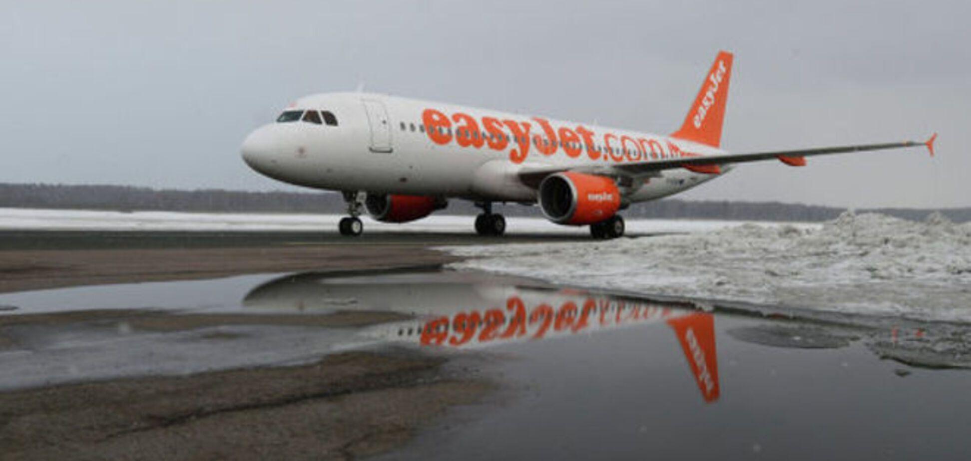 Пассажир самолета напал на стюардессу из-за ожидания сэндвича