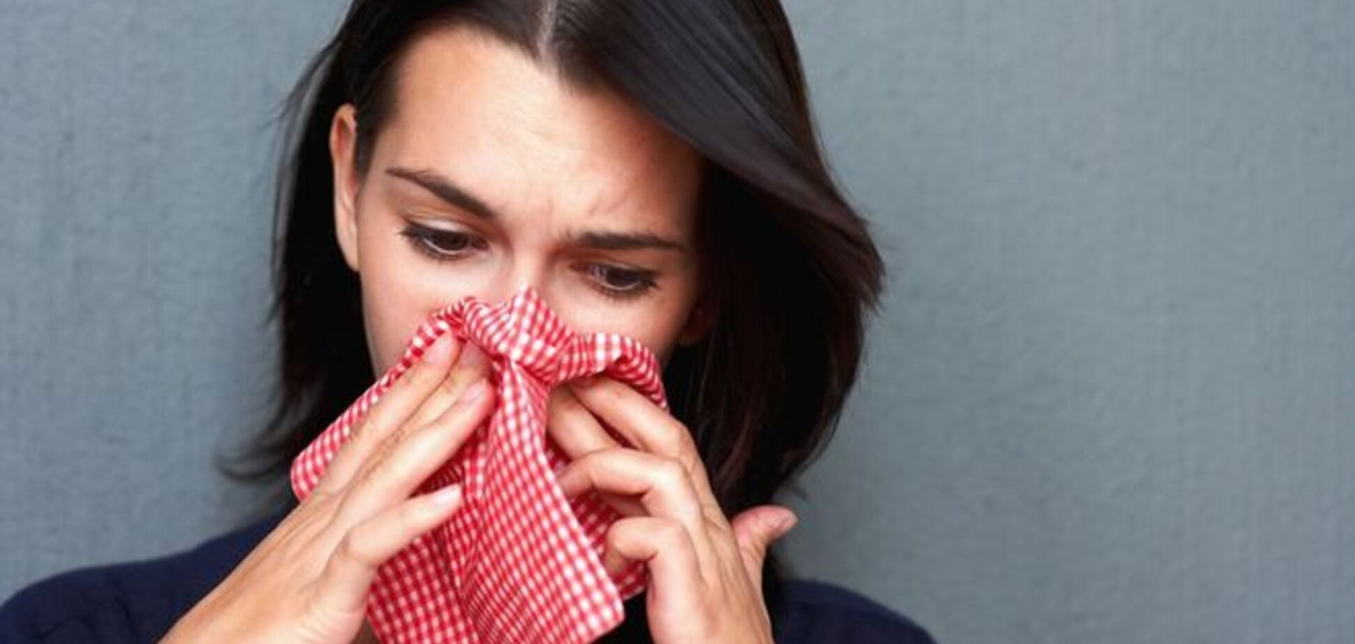 Врачи советуют брать больничный при первых признаках простуды