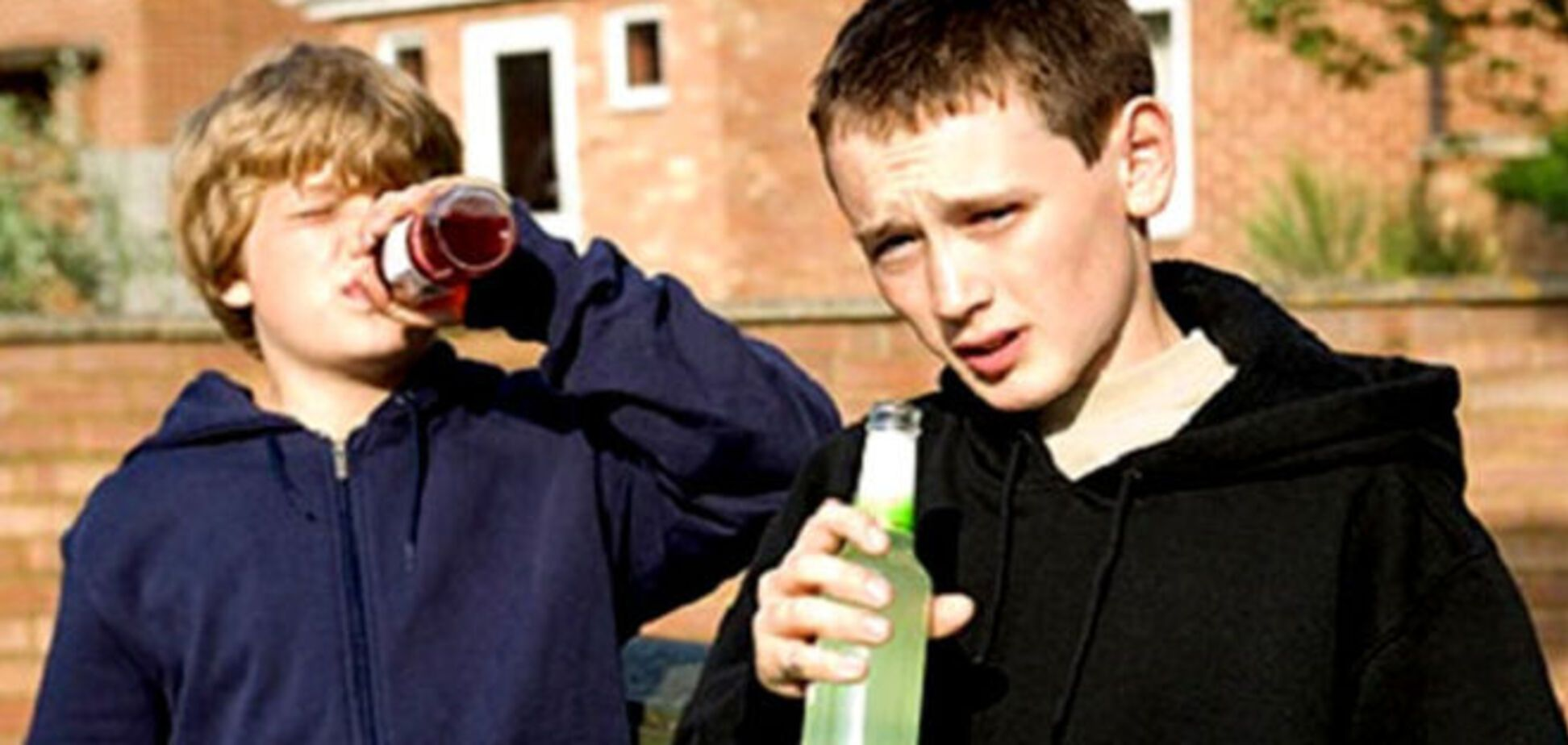В подростковом алкоголизме виноваты родители