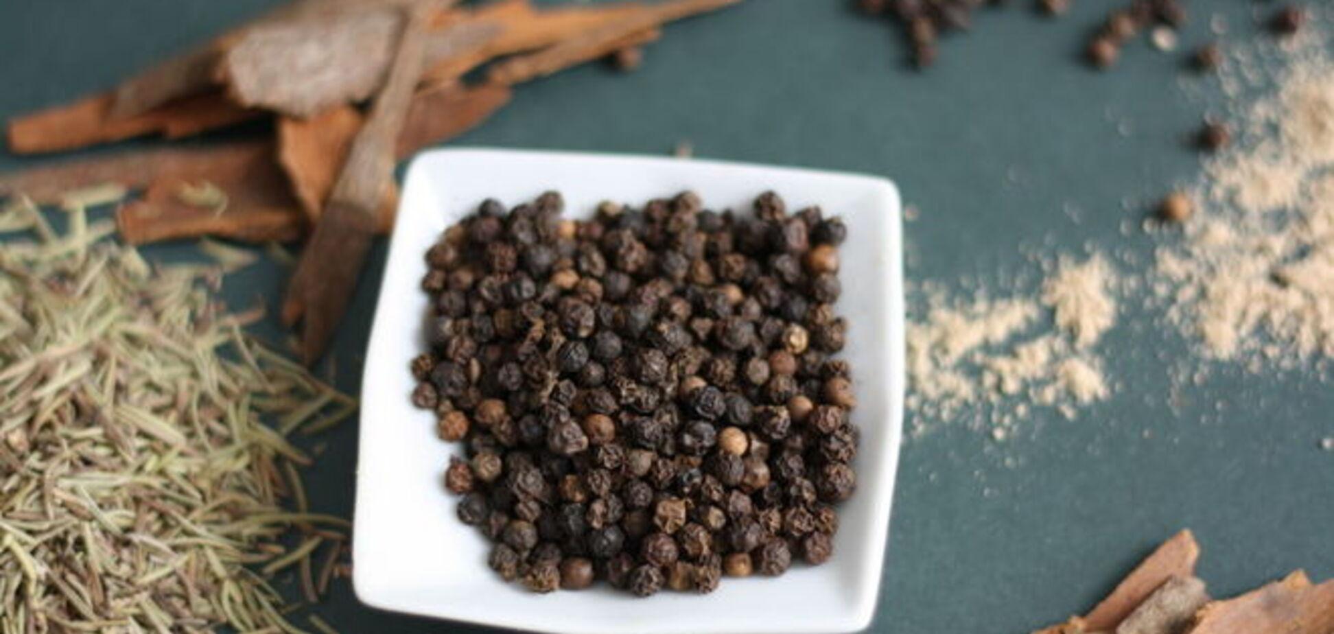 Врачи рассказали о целебных свойствах черного перца