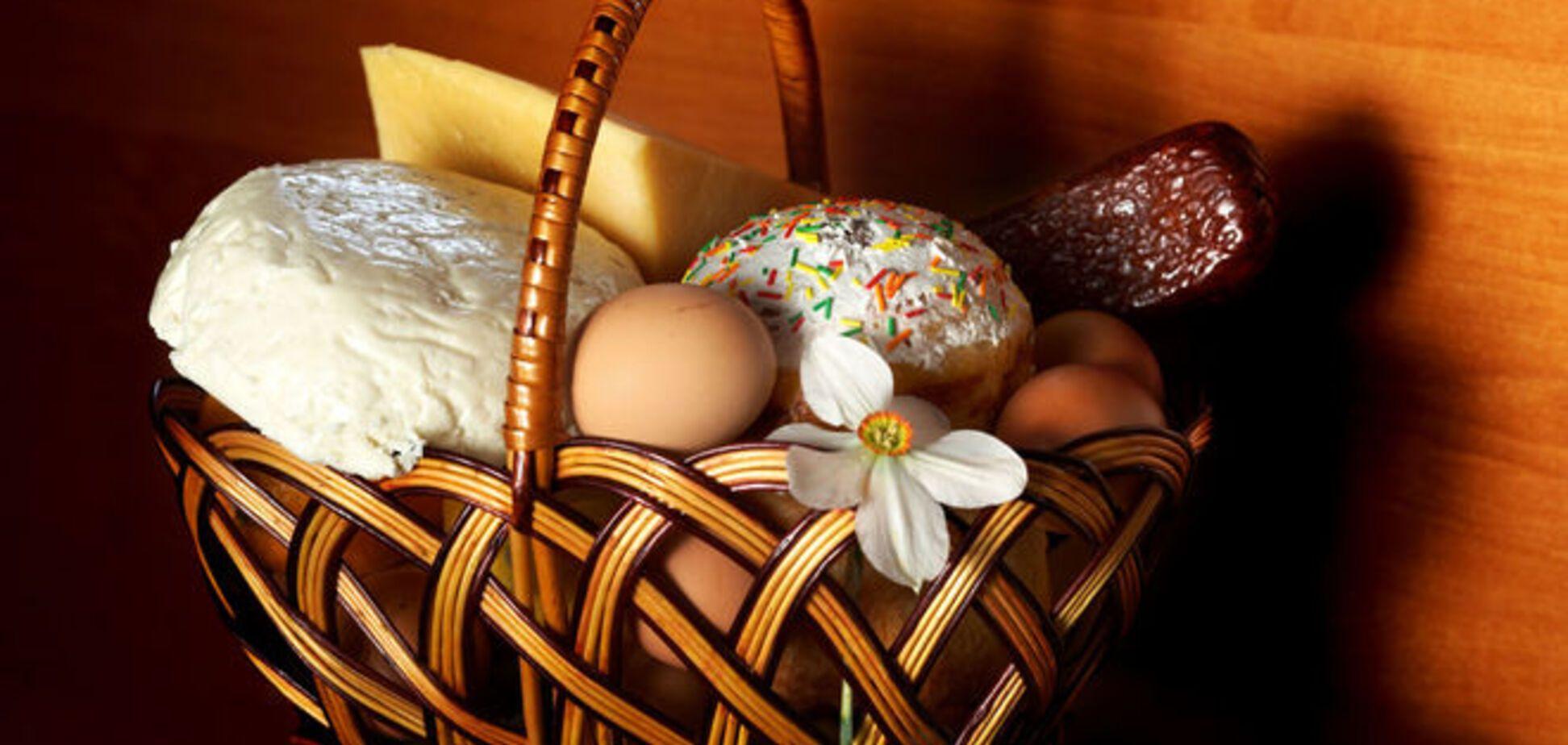 Названы 5 продуктов, которые обязательно нужно святить на Пасху