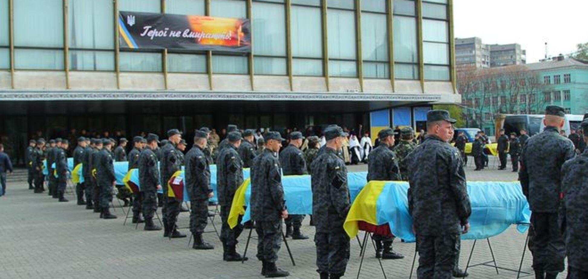 Рік війни: в Україні створять єдину базу даних ДНК-експертиз