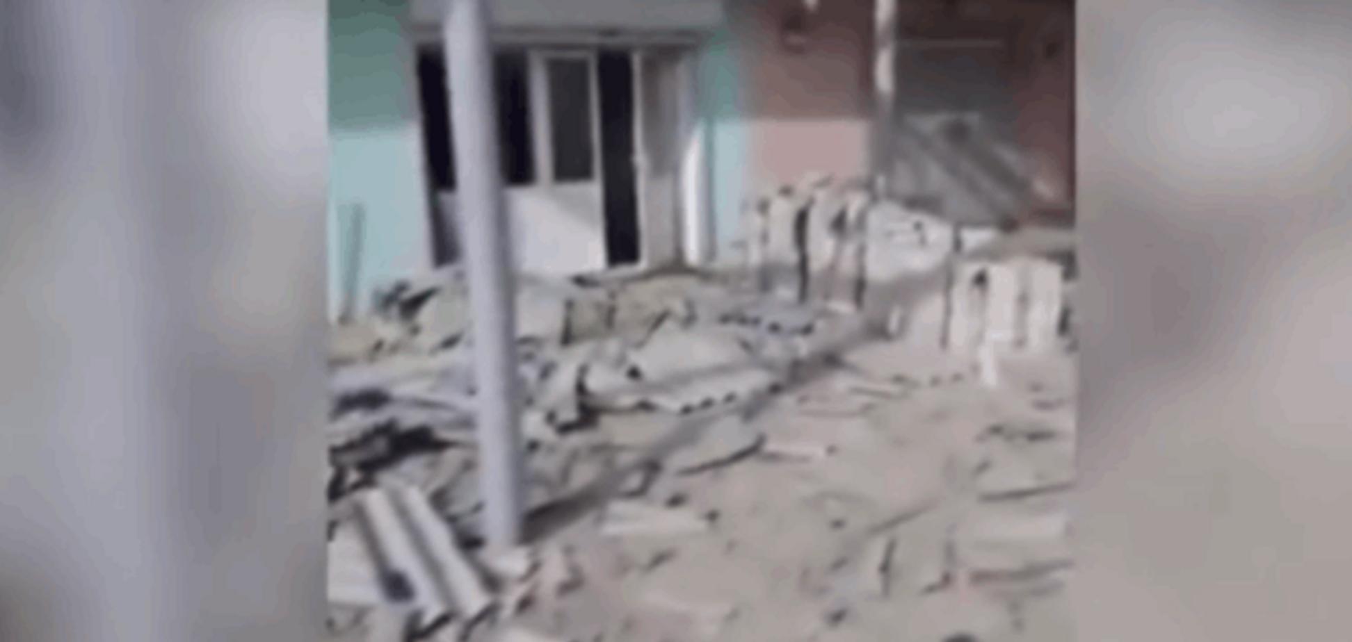 Грузинський доброволець показав, що залишилося від Широкино після 'ДНР': Відеофакт