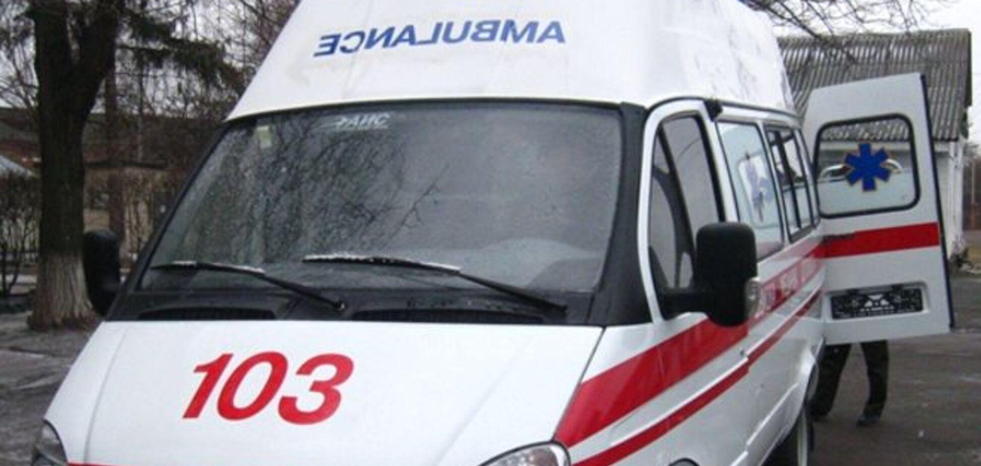 В Киеве на подростка упало дерево
