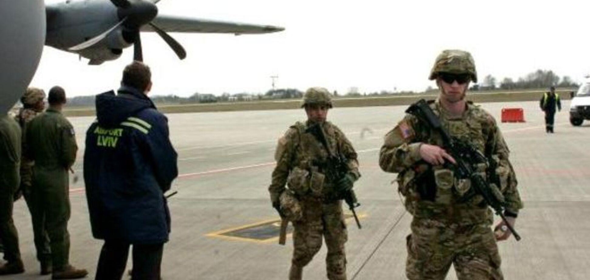 Кремль засудив прибуття американських десантників в Україну