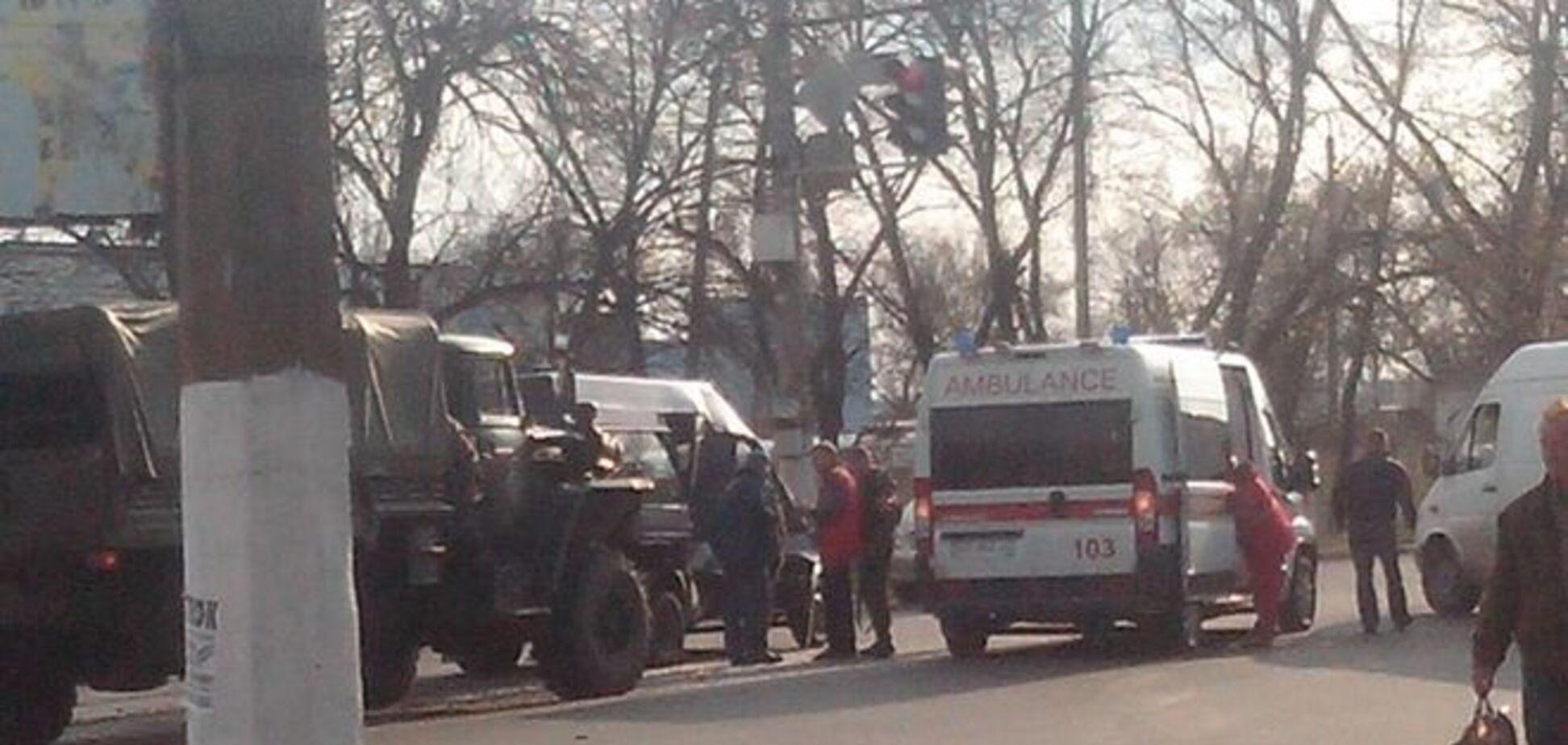 В Макеевке 'Урал' боевиков влетел в маршрутку с людьми: фото ДТП