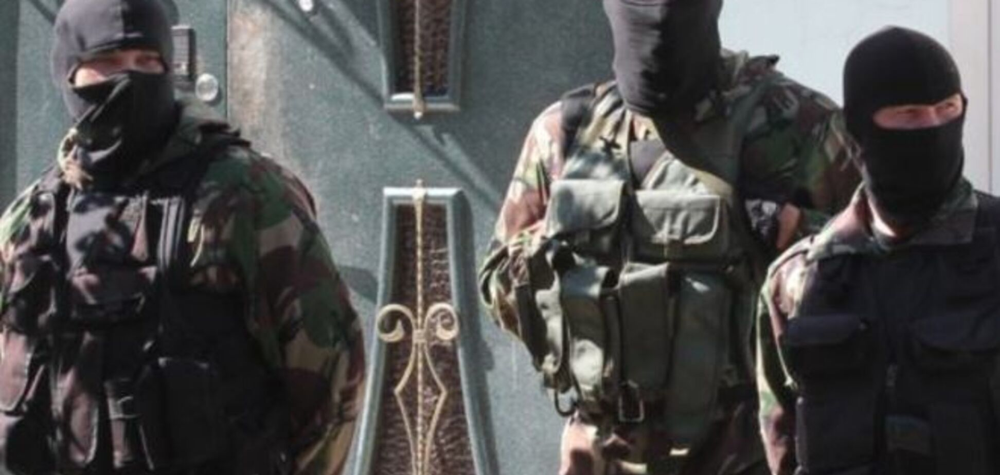 Окупанти почали масові обшуки в будинках кримських татар