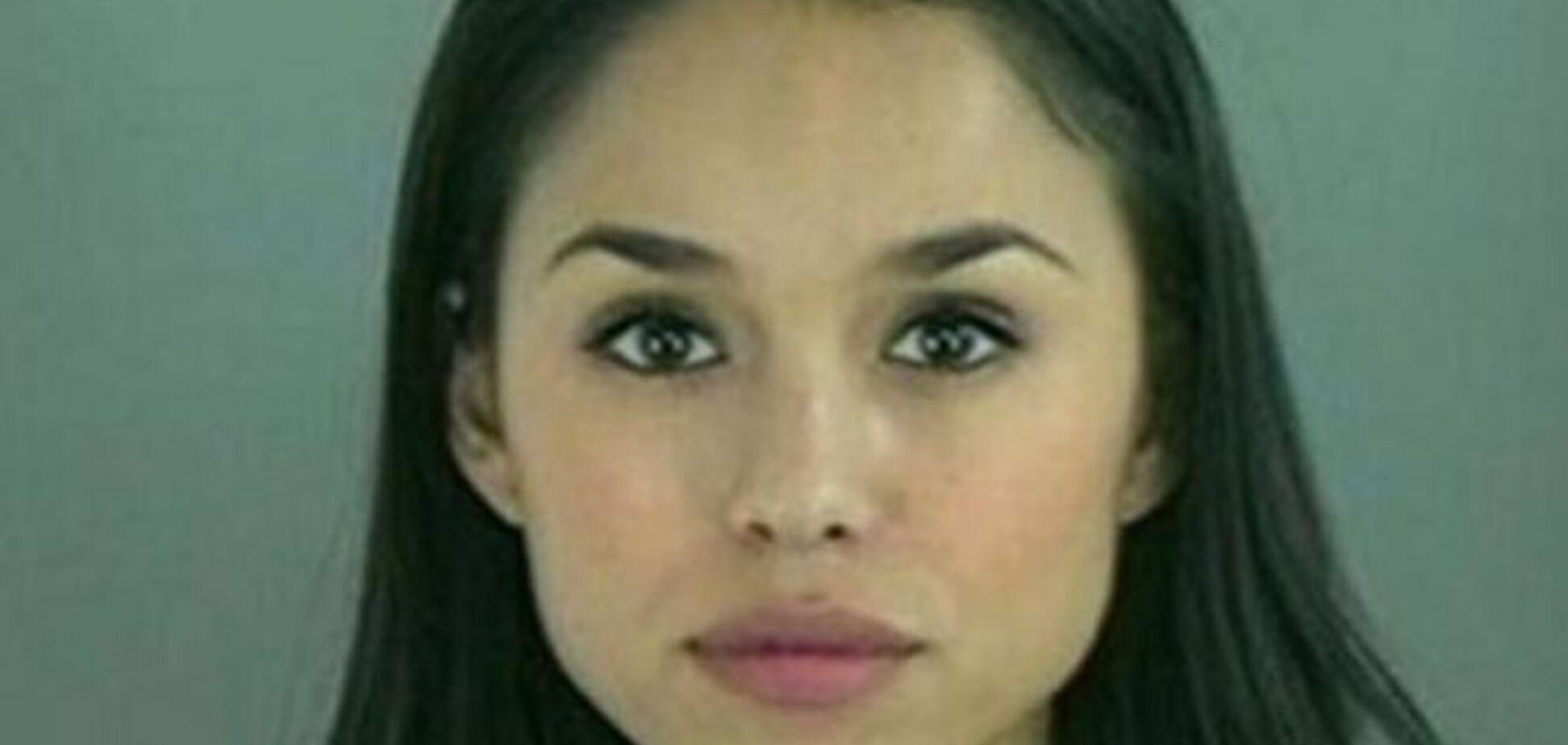 Коварная красота: фото самых привлекательных и милых преступников