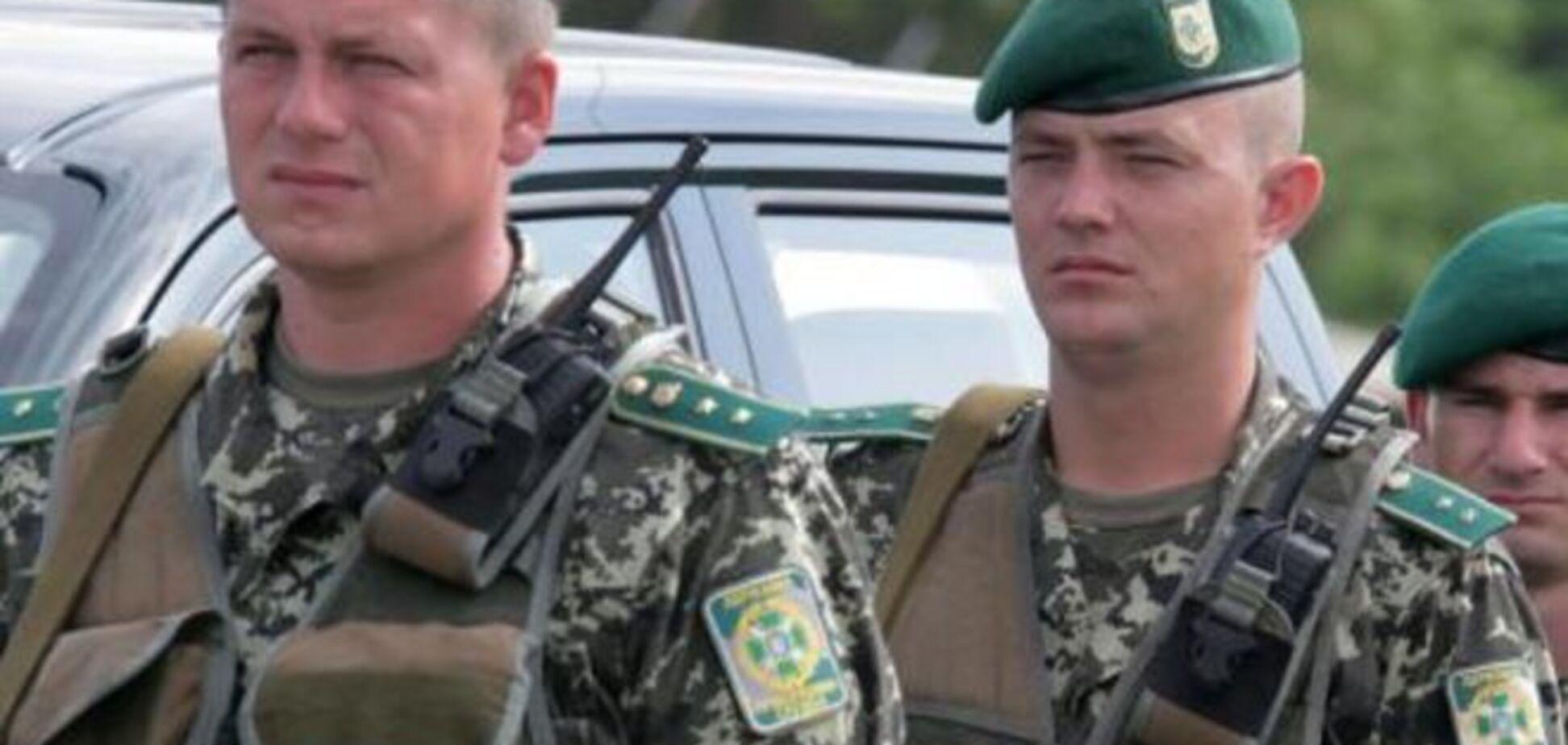 В Луганской области два пограничника подорвались на фугасе