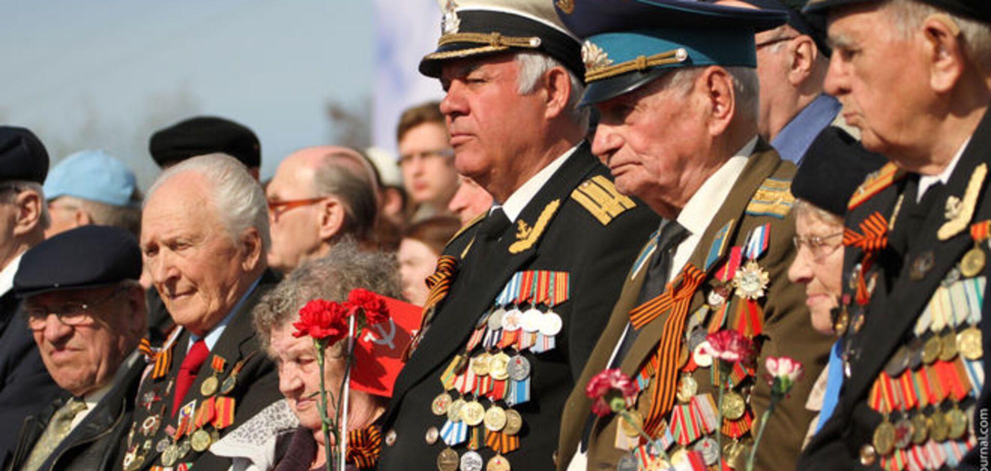 Оккупанты на 9 мая намерены вывезти ветеранов из Донбасса в Москву