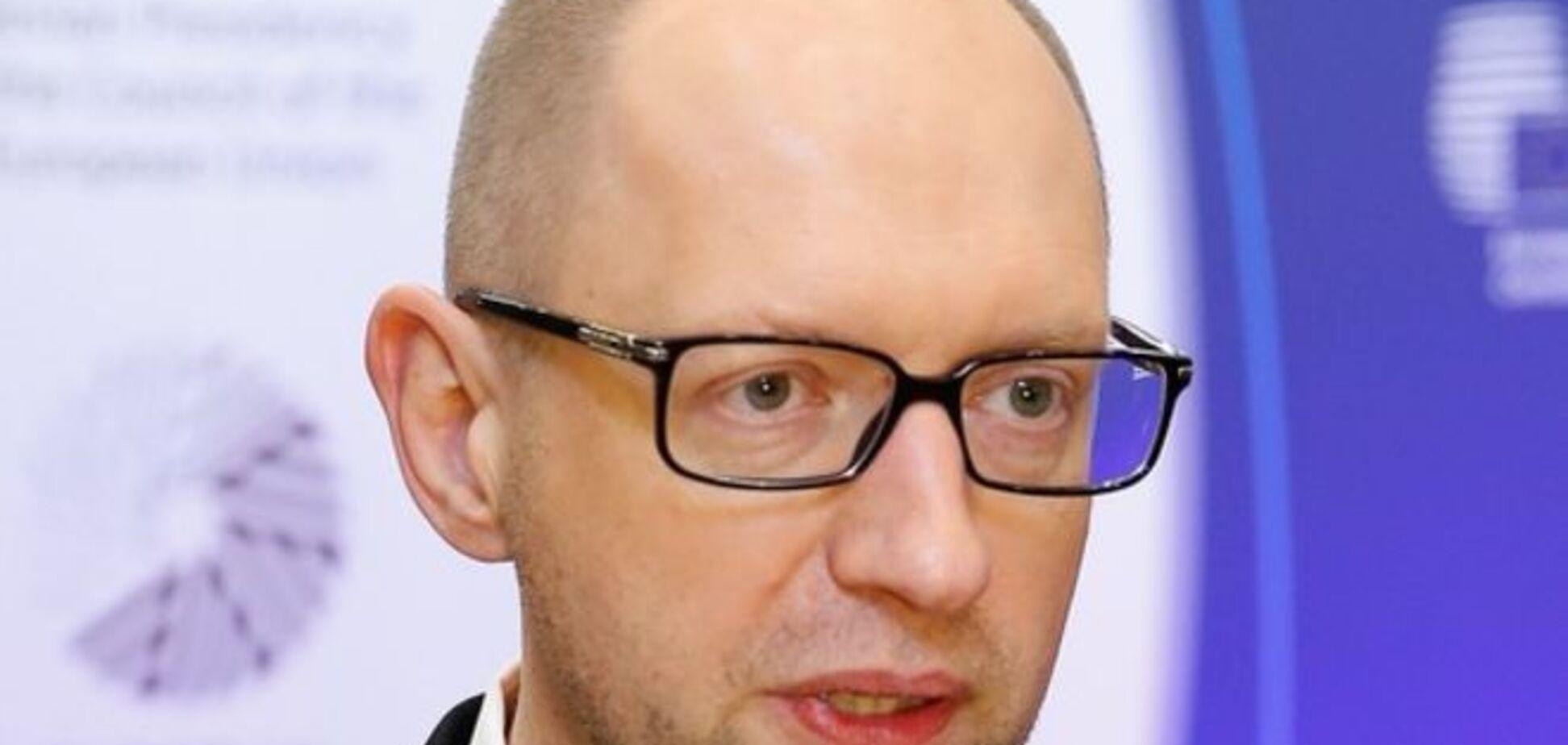 Яценюк не считает майское вторжение России в Украину вероятным