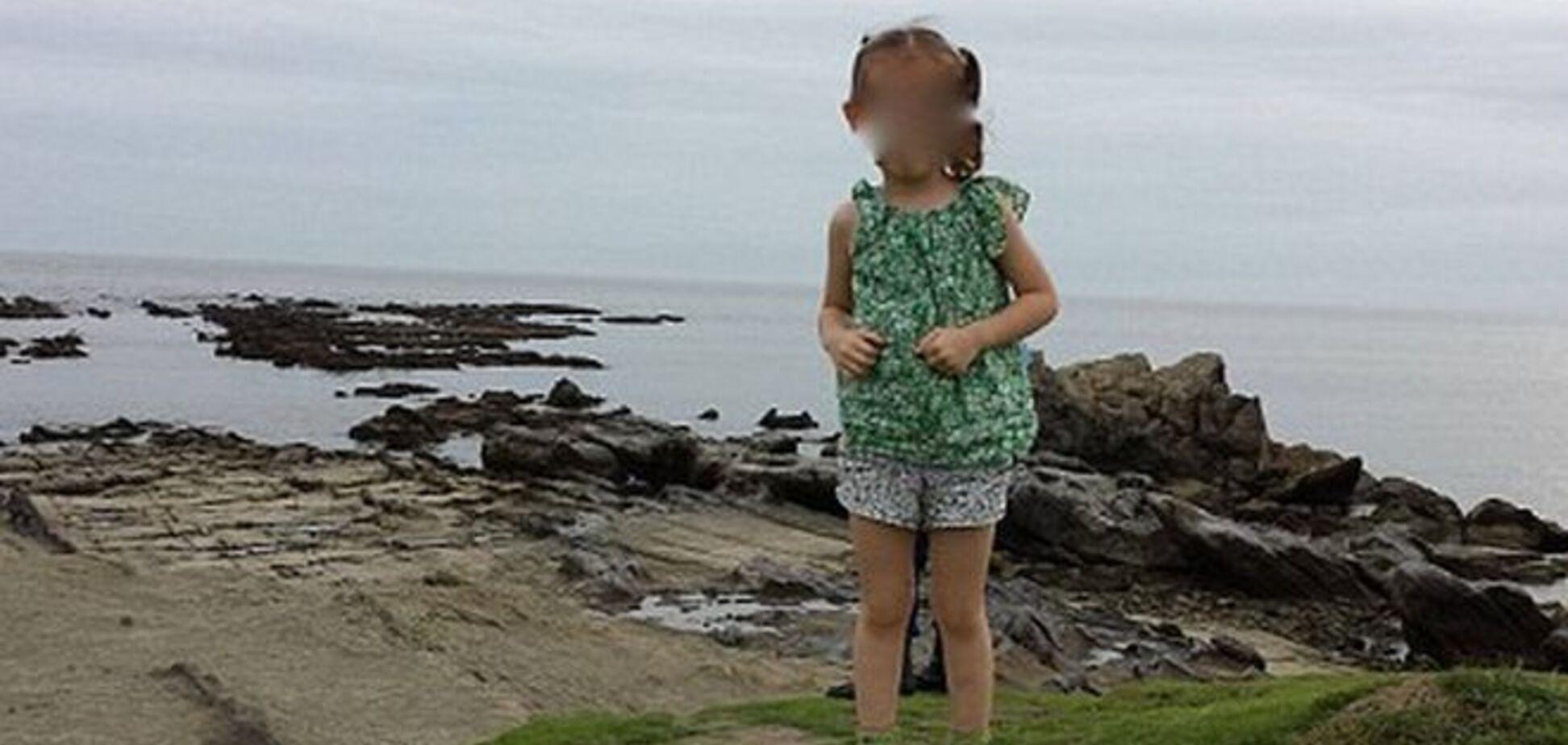 Маленьку дівчинку зняли з привидом солдата: страшне фото
