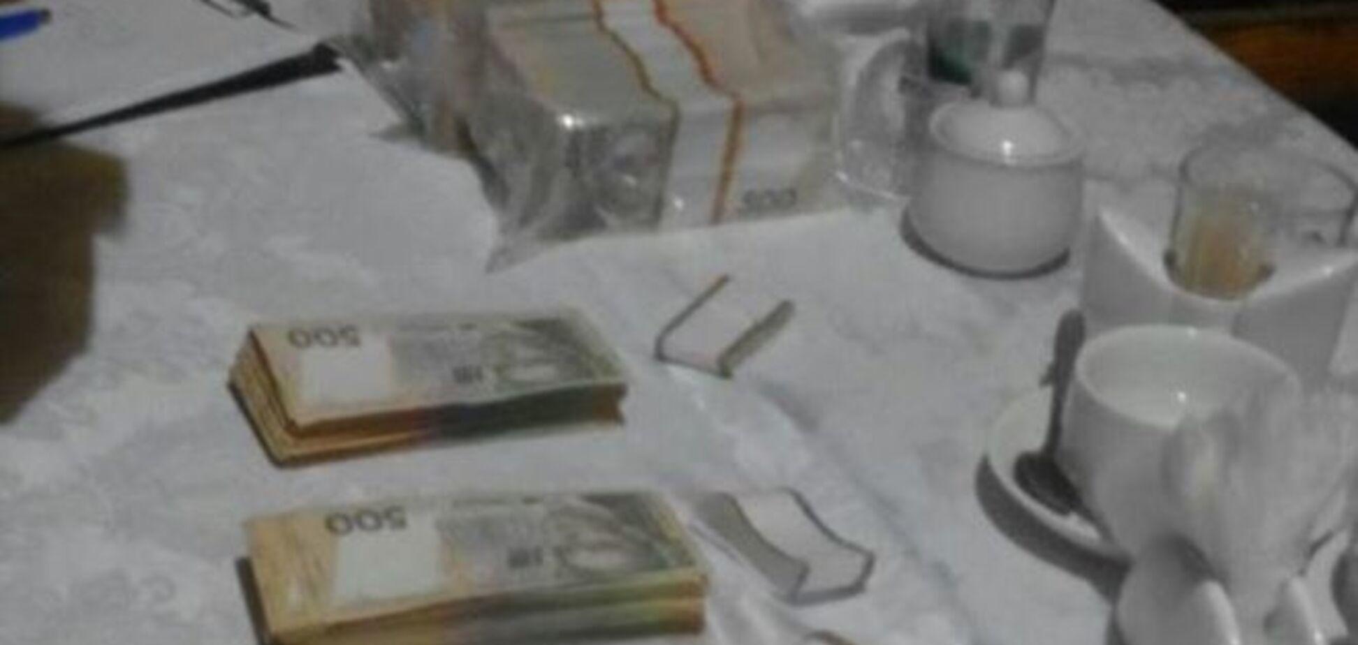 Нескромная взятка в скромном месте: Аваков рассказал о $600 тысяч за землю