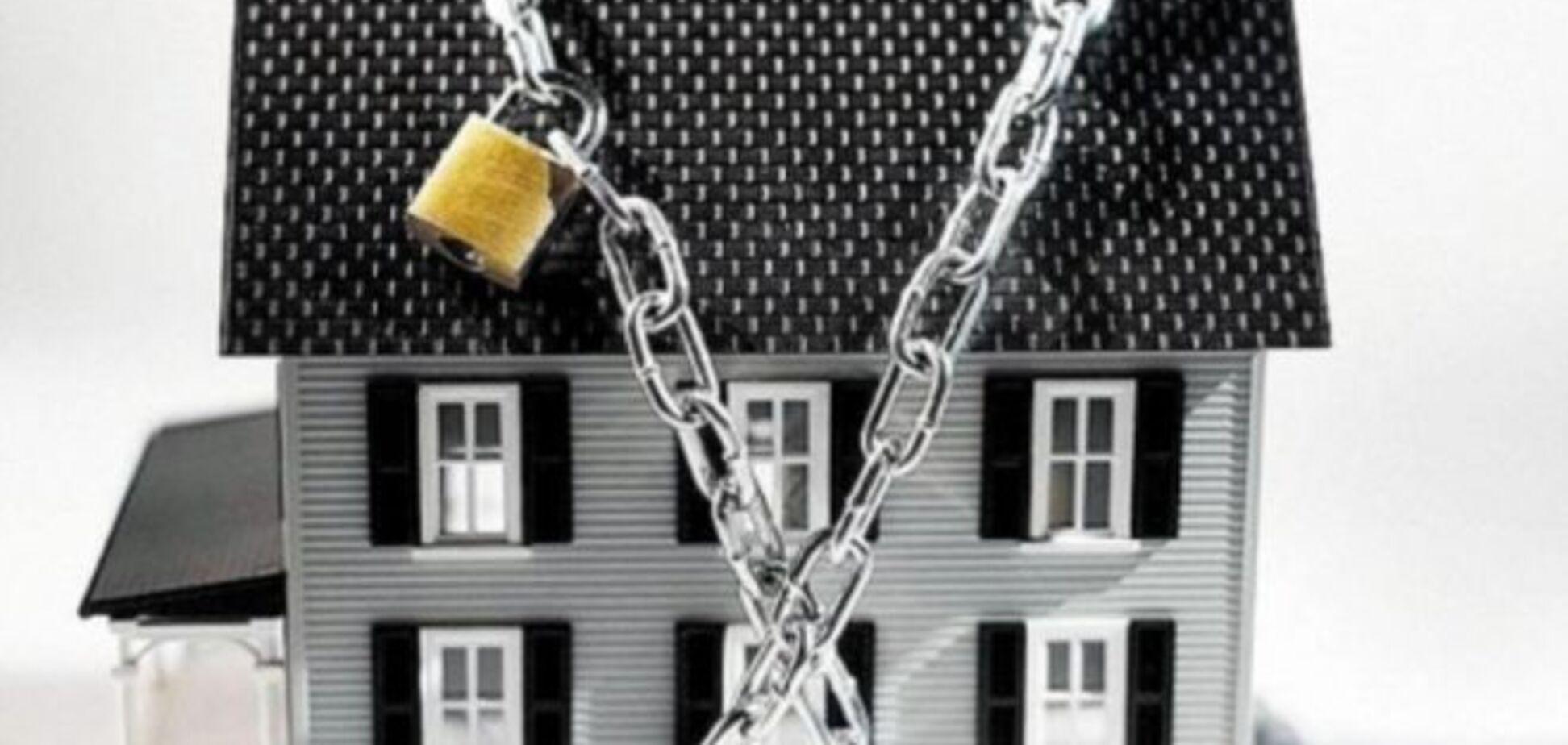 Суд запретил выселять ипотечных должников из жилья по надписи нотариуса