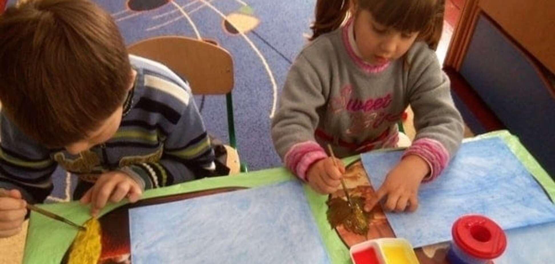 Особливості зображувальної діяльності дітей молодшого дошкільного віку