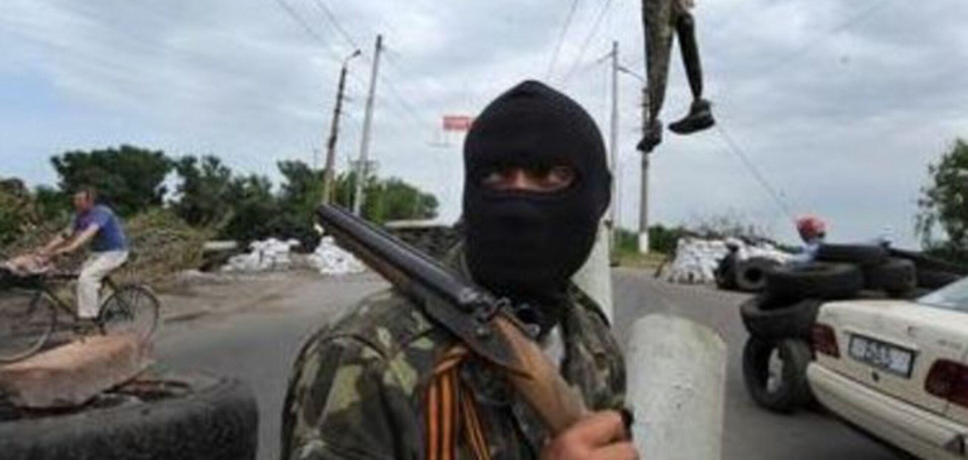 Луганские террористы обыскивают дома украинских прокуроров