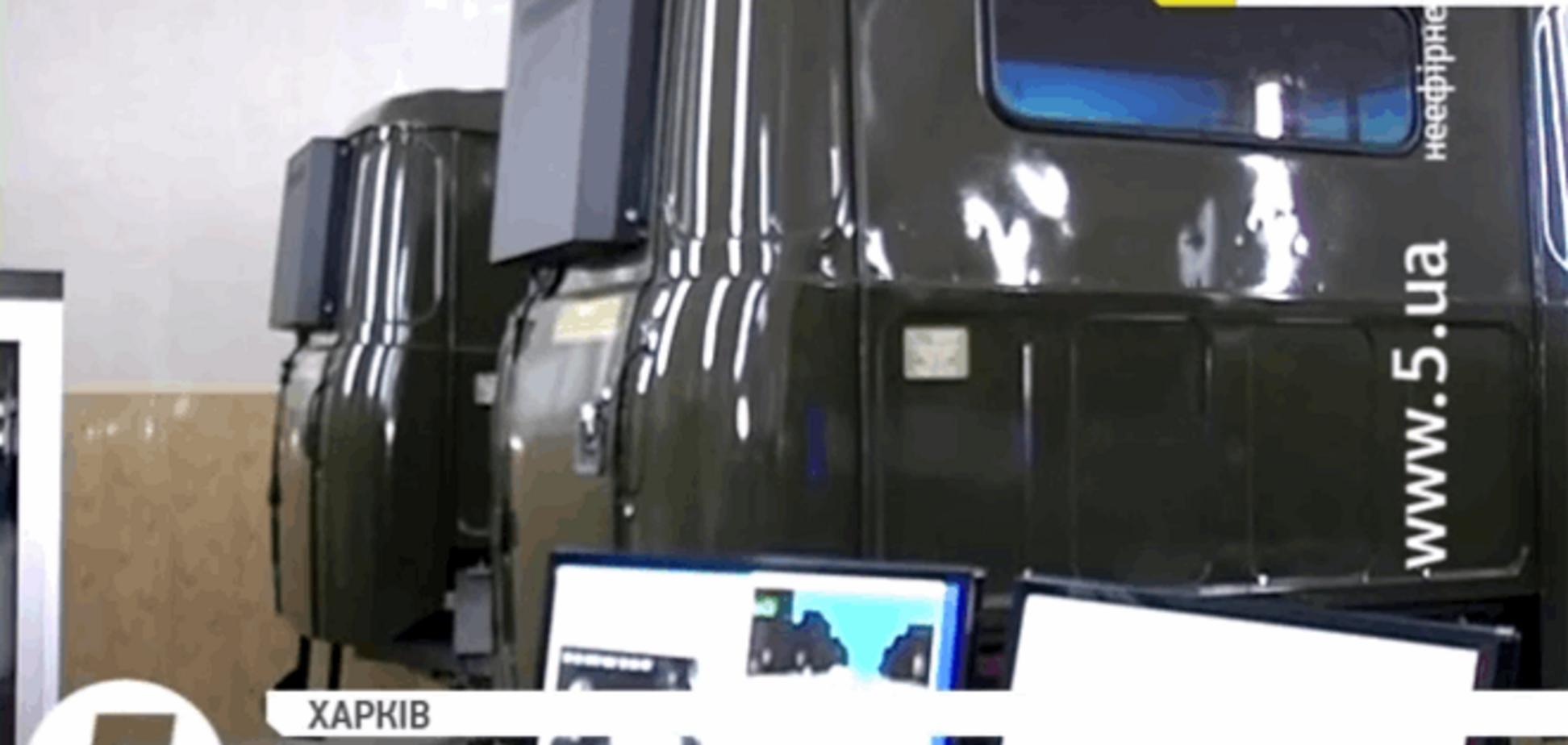 Как нацгвардейцы учатся управлять военными КрАЗами на автотренажерах: видео