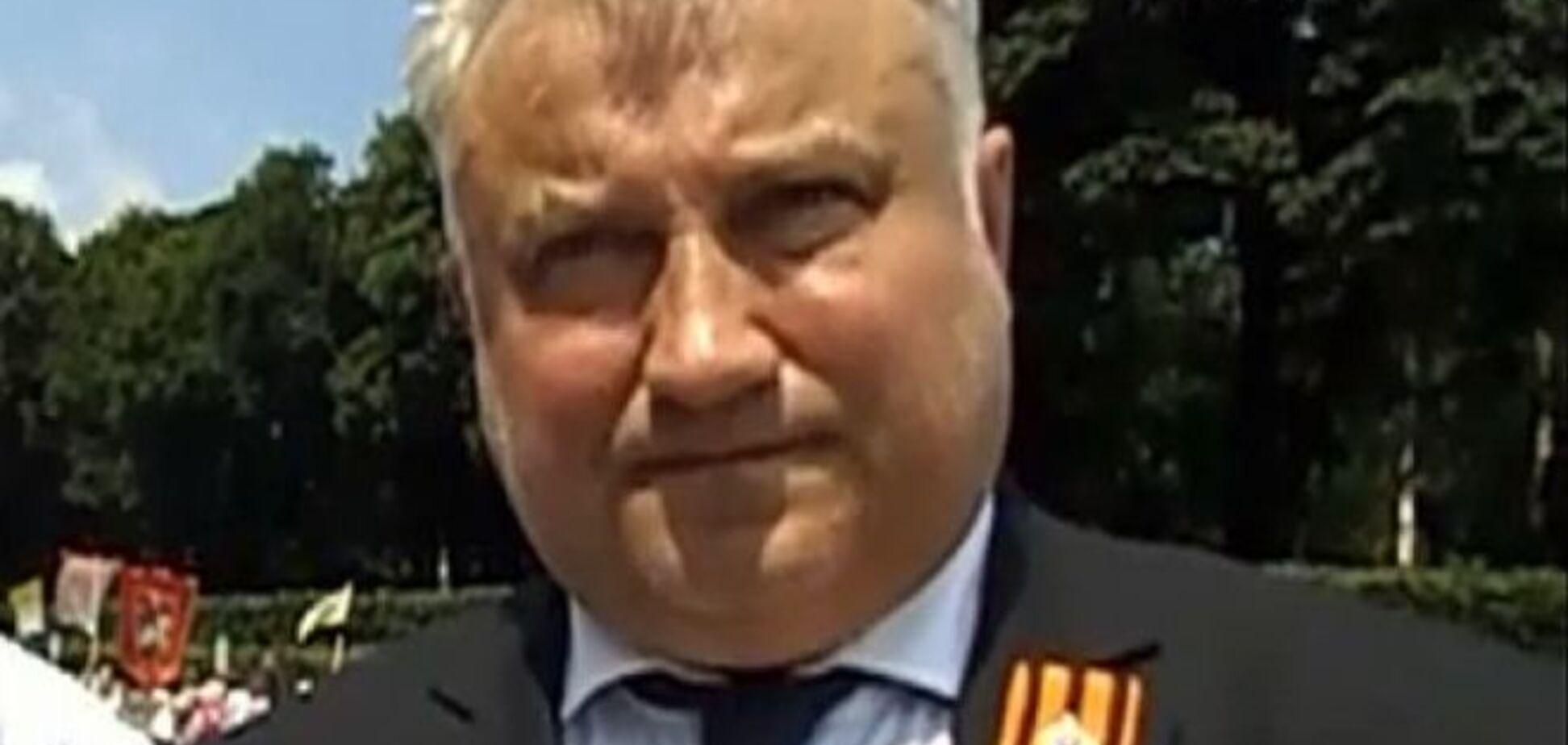 Элитные машины и пачки денег: стало известно, что нашли при обыске у убитого Калашникова
